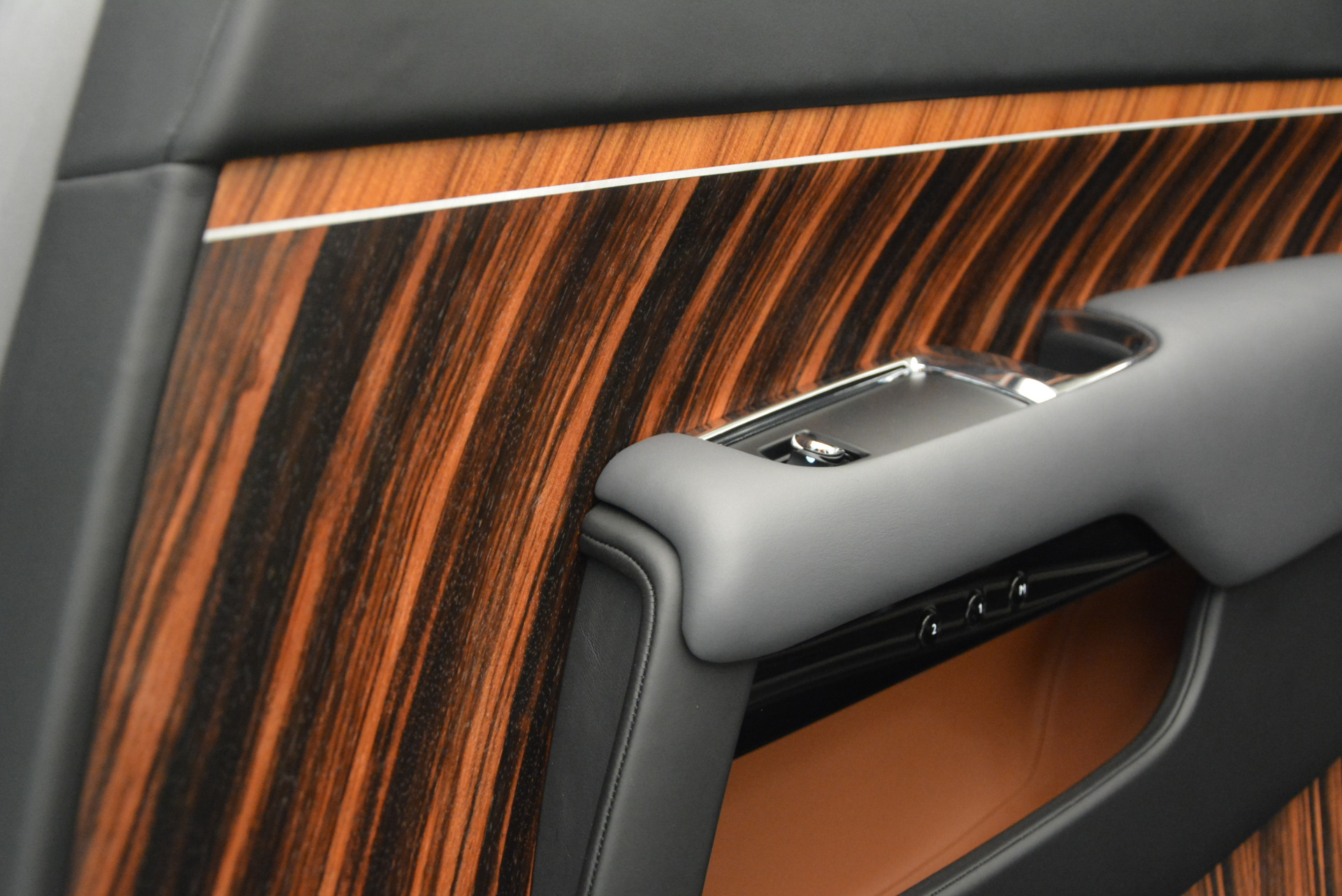 Used 2015 Rolls-Royce Wraith  For Sale In Greenwich, CT 906_p29