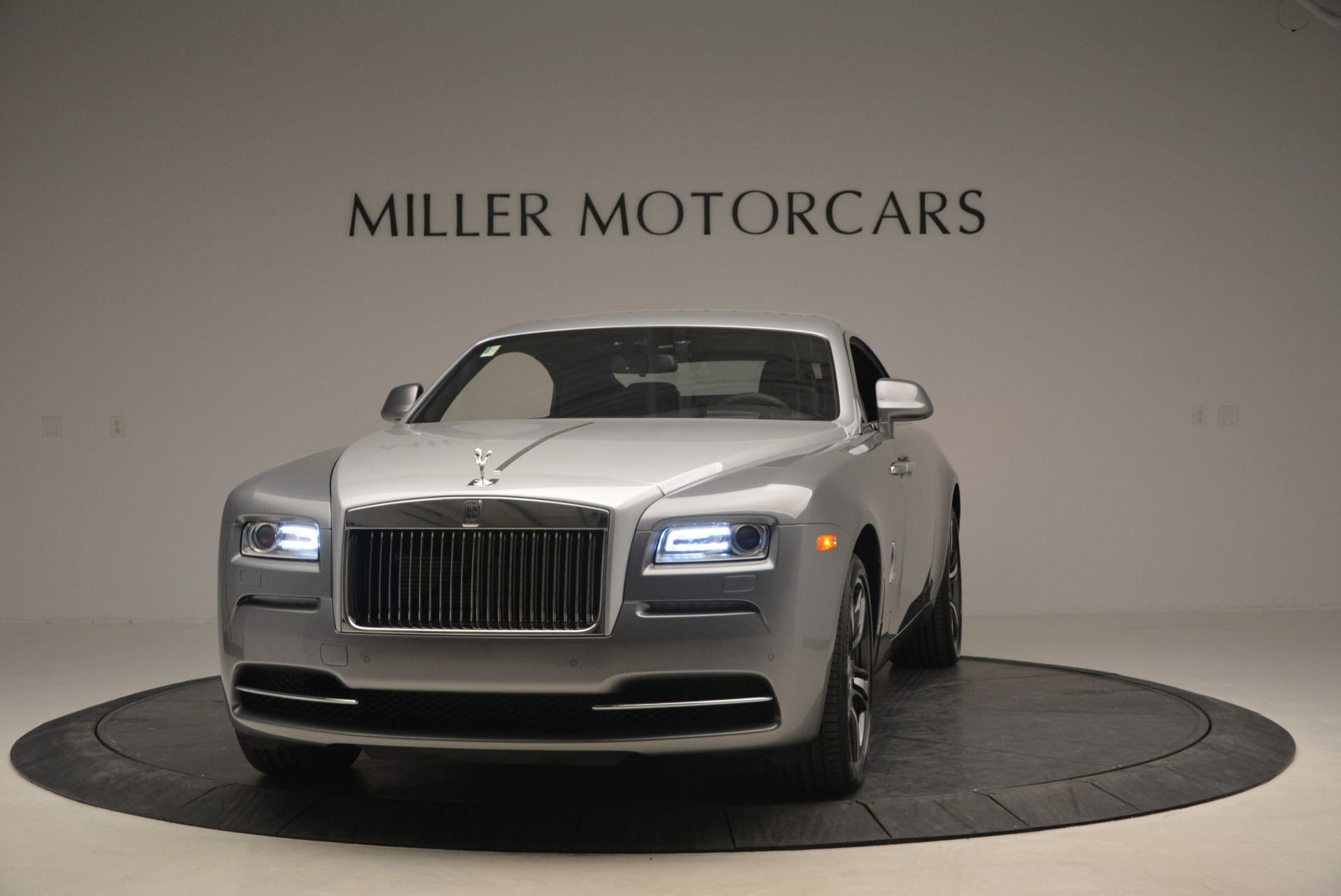 Used 2015 Rolls-Royce Wraith  For Sale In Greenwich, CT 906_p2