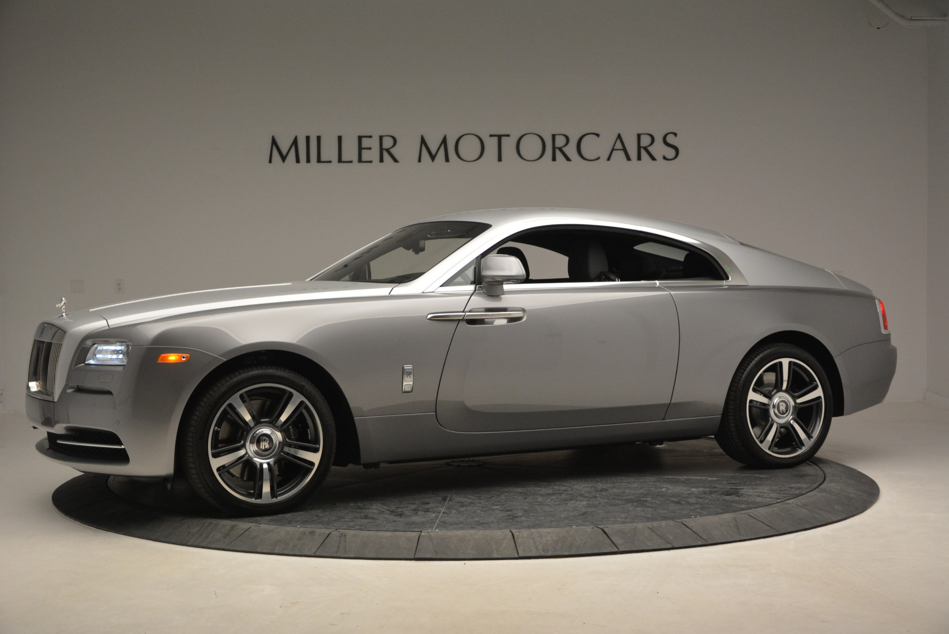 Used 2015 Rolls-Royce Wraith  For Sale In Greenwich, CT 906_p4