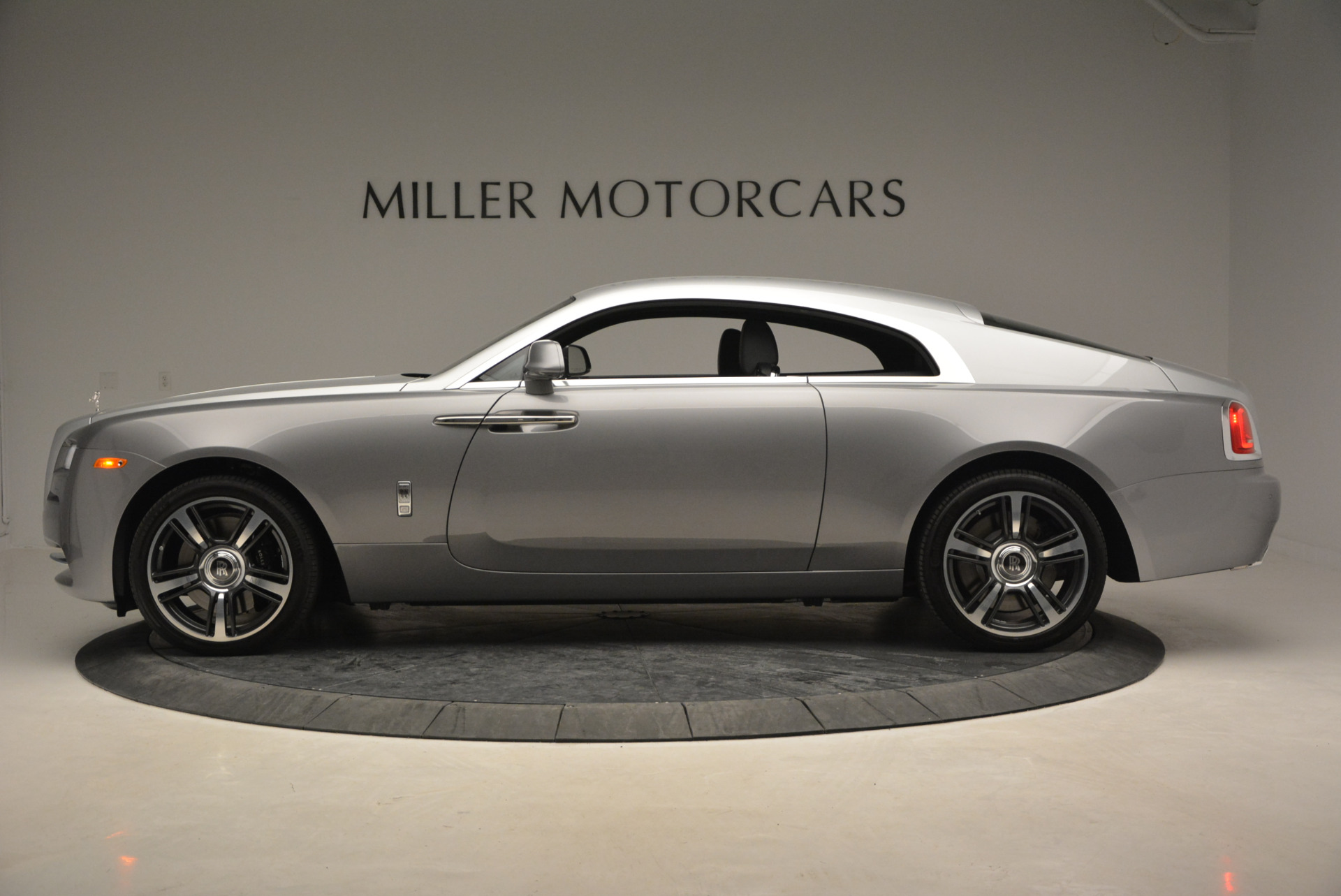 Used 2015 Rolls-Royce Wraith  For Sale In Greenwich, CT 906_p5