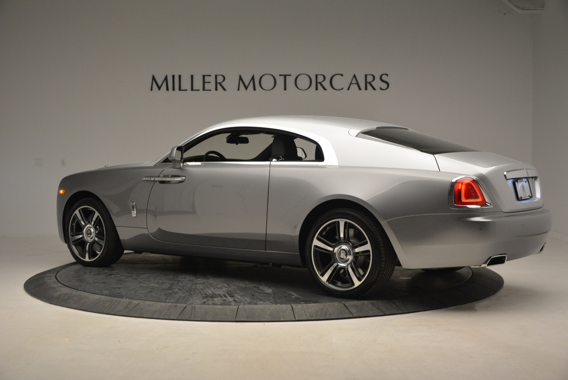 Used 2015 Rolls-Royce Wraith  For Sale In Greenwich, CT 906_p6
