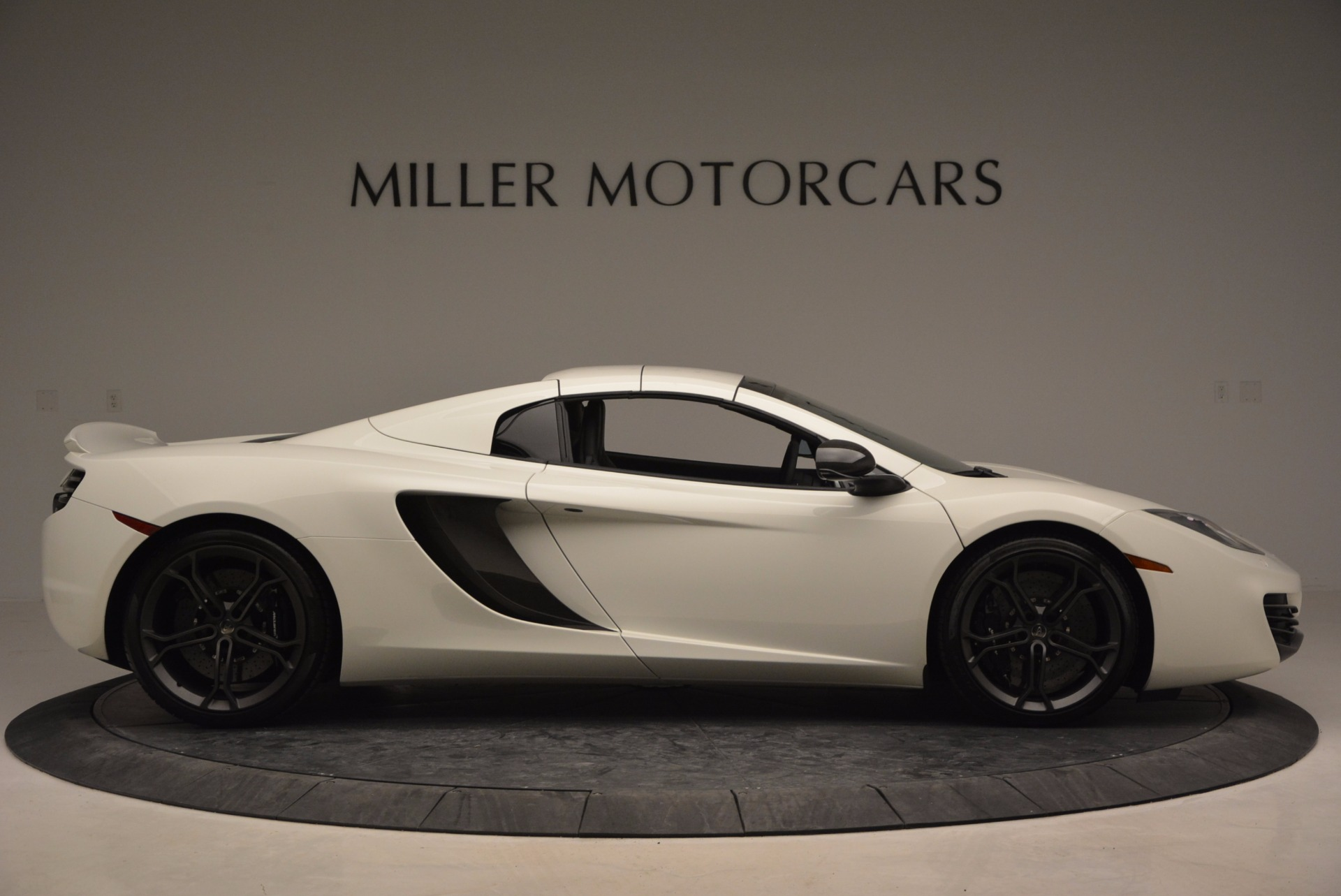 Used 2014 McLaren MP4-12C Spider For Sale In Greenwich, CT 908_p19