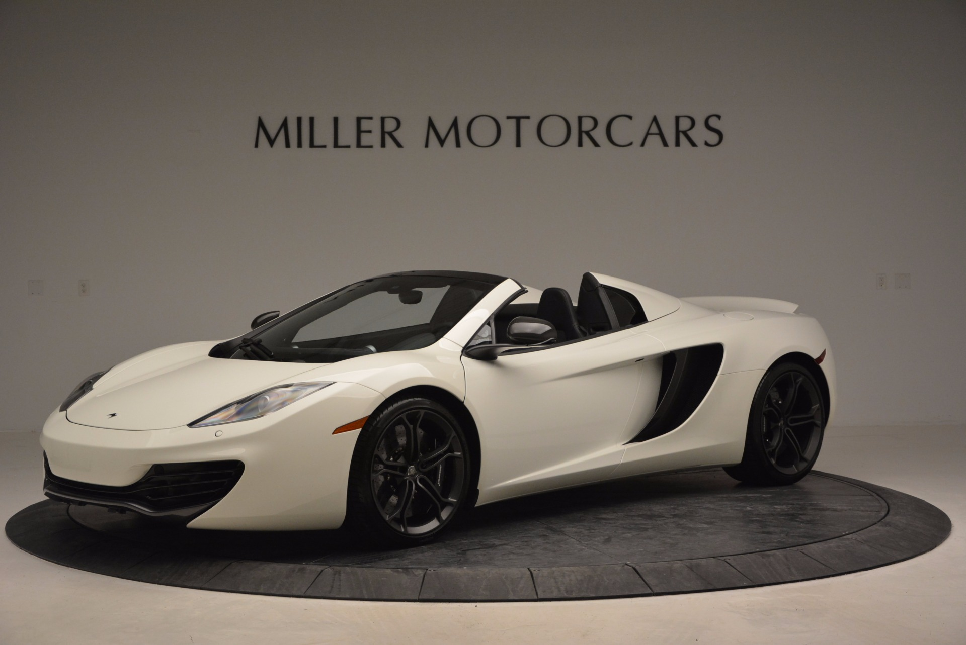 Used 2014 McLaren MP4-12C Spider For Sale In Greenwich, CT 908_p2