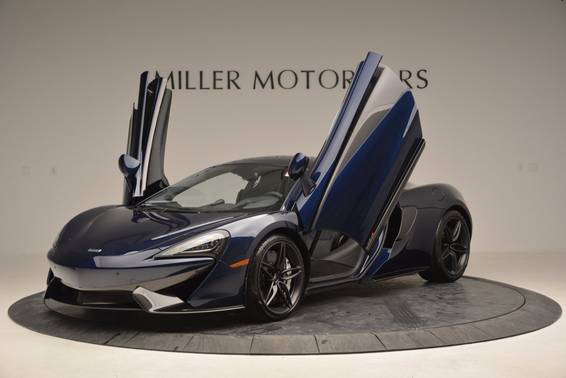 Used 2017 McLaren 570S  For Sale In Greenwich, CT 909_p14