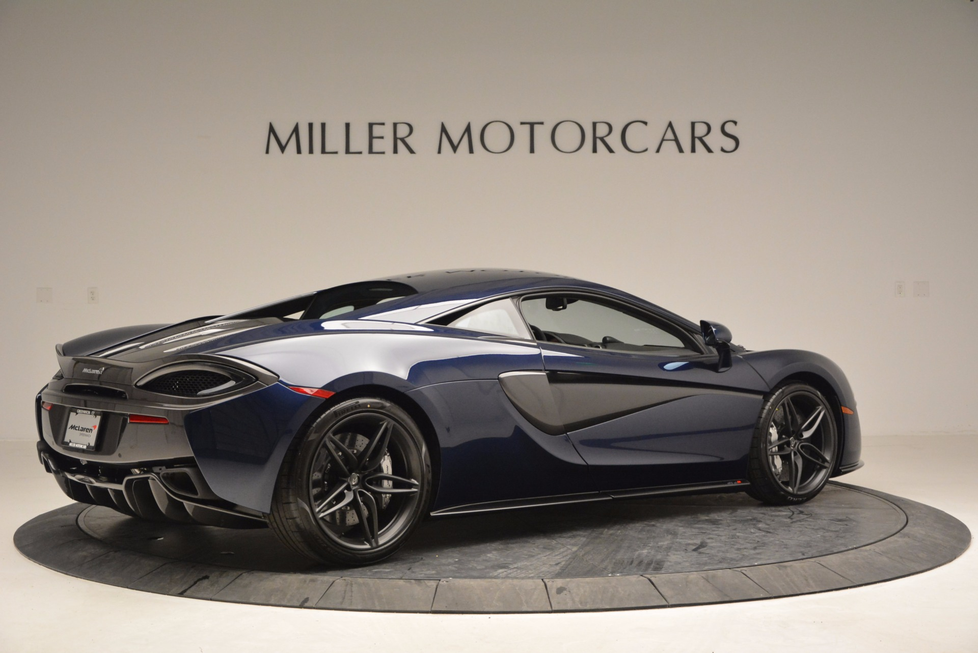 Used 2017 McLaren 570S  For Sale In Greenwich, CT 909_p8