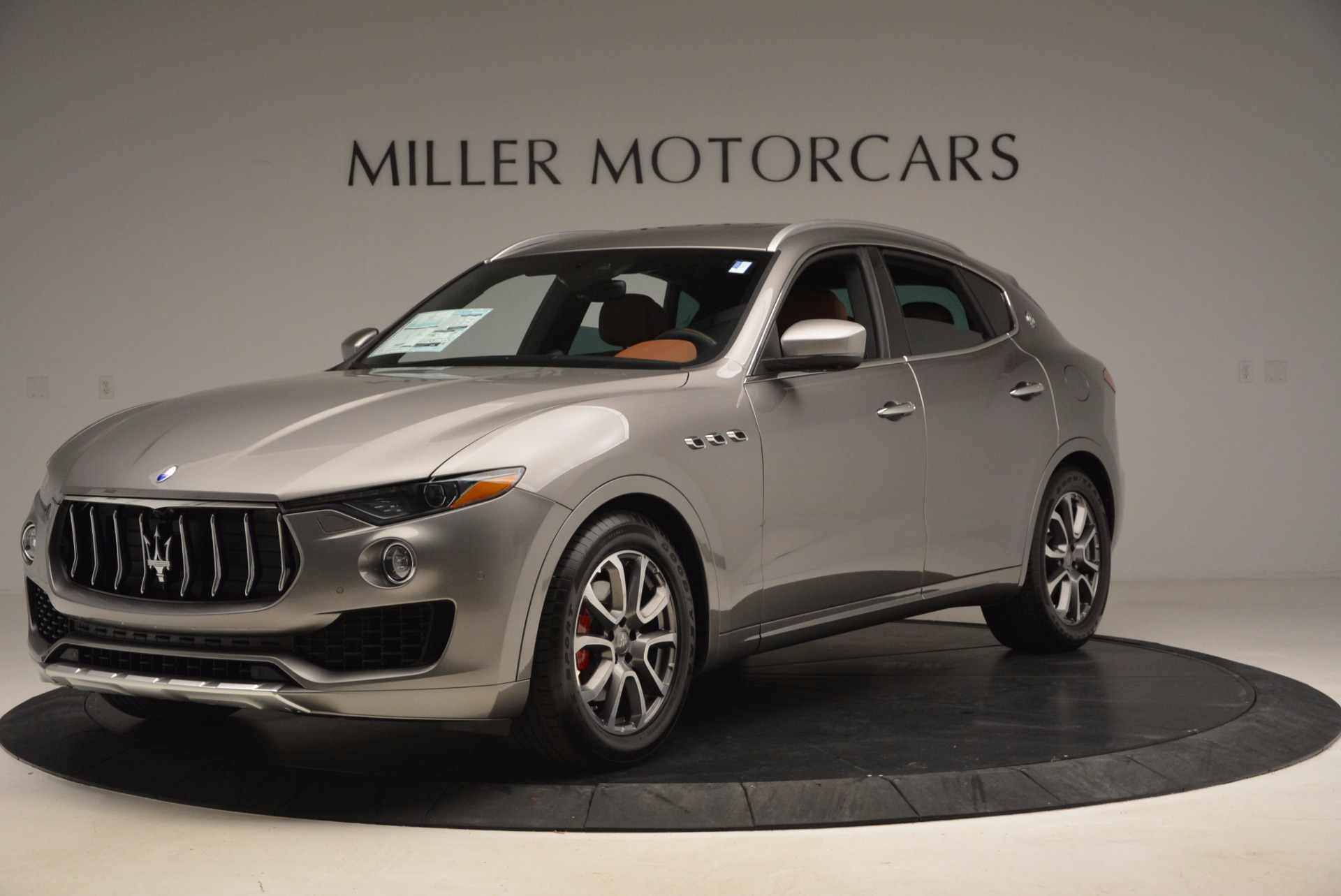 New 2017 Maserati Levante  For Sale In Greenwich, CT 924_main