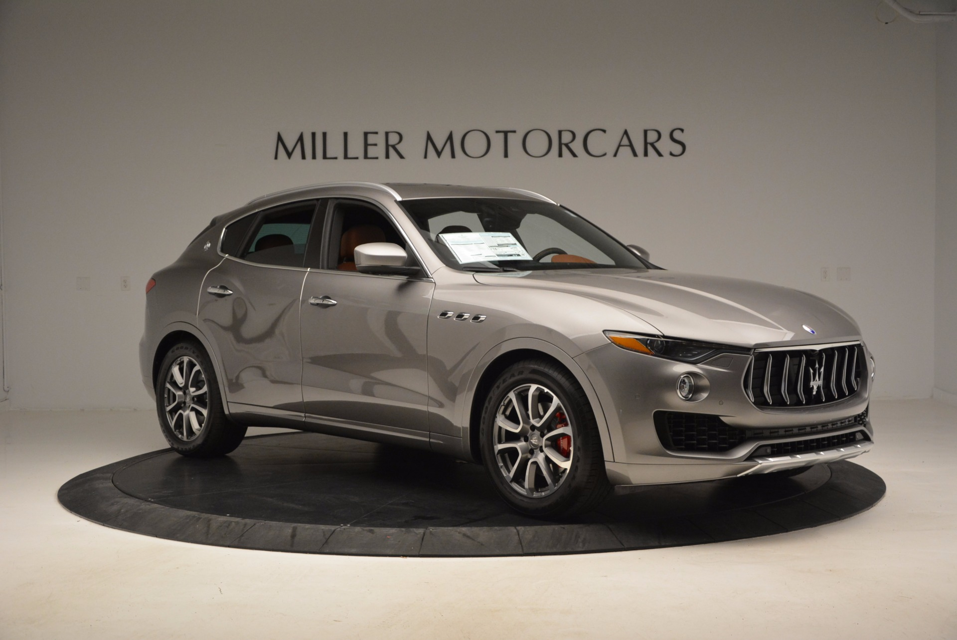 New 2017 Maserati Levante  For Sale In Greenwich, CT 924_p11