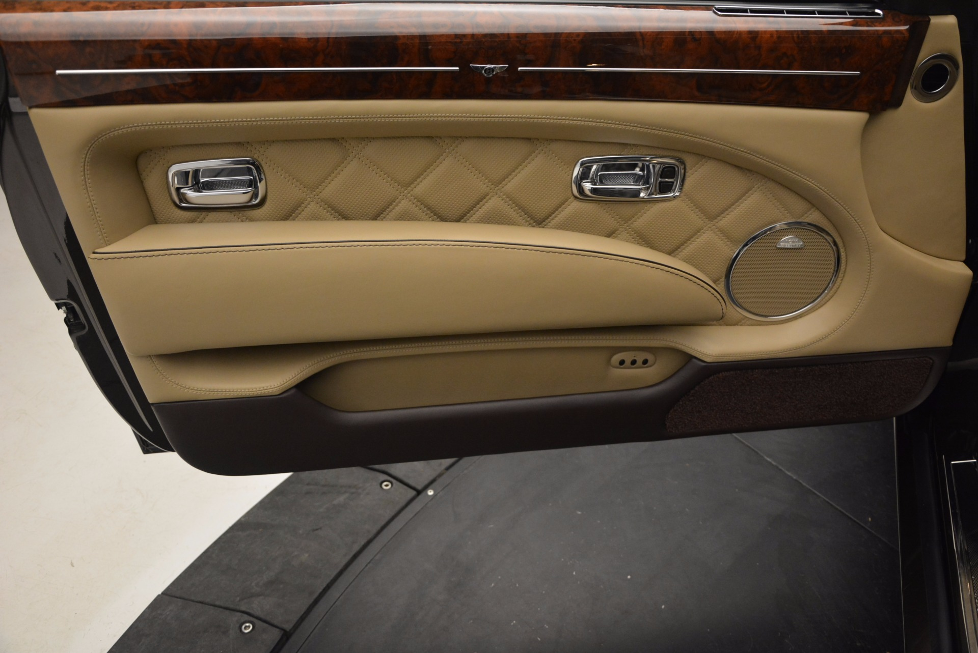 Used 2009 Bentley Brooklands  For Sale In Greenwich, CT 925_p18