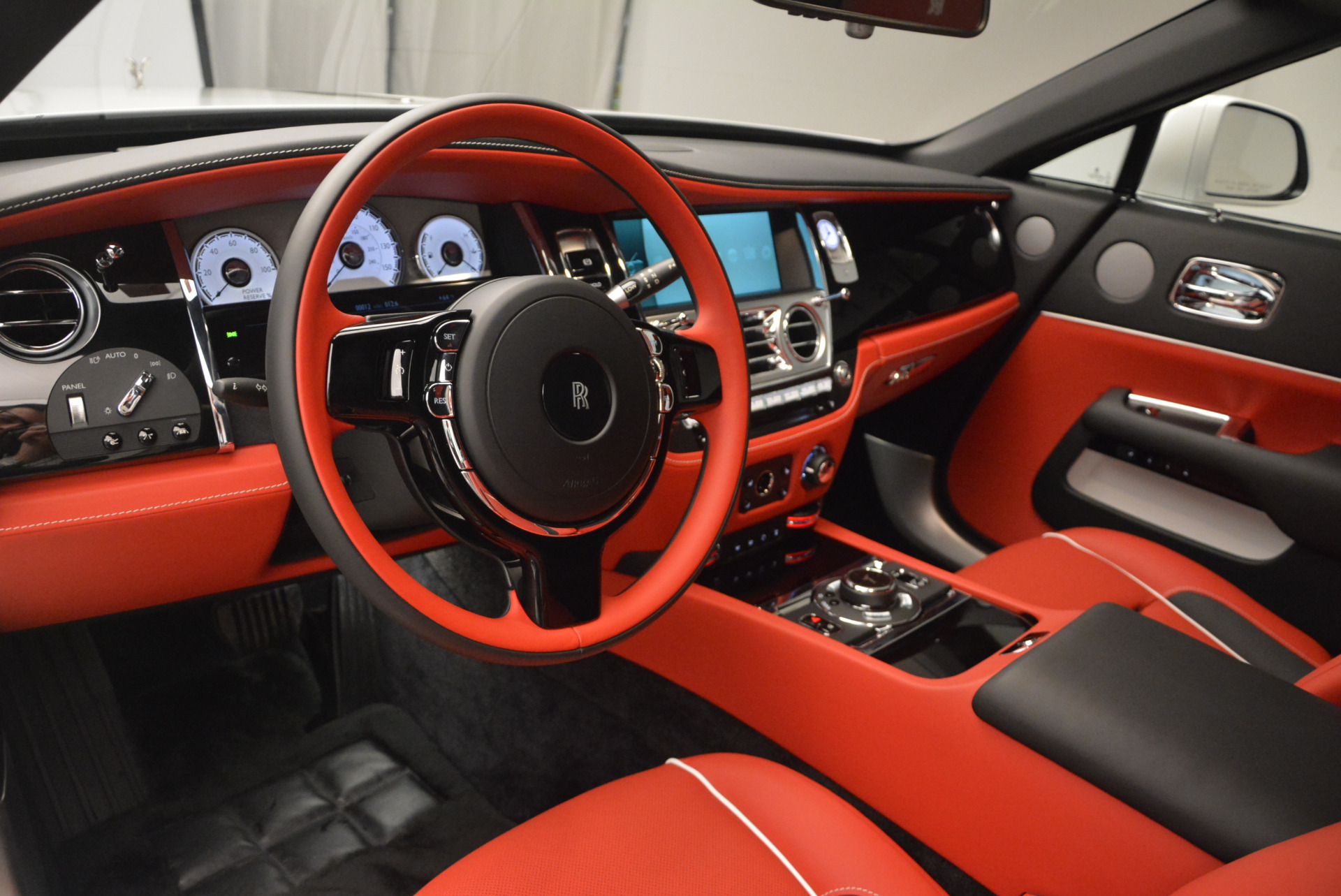 New 2017 Rolls-Royce Dawn  For Sale In Greenwich, CT 927_p27