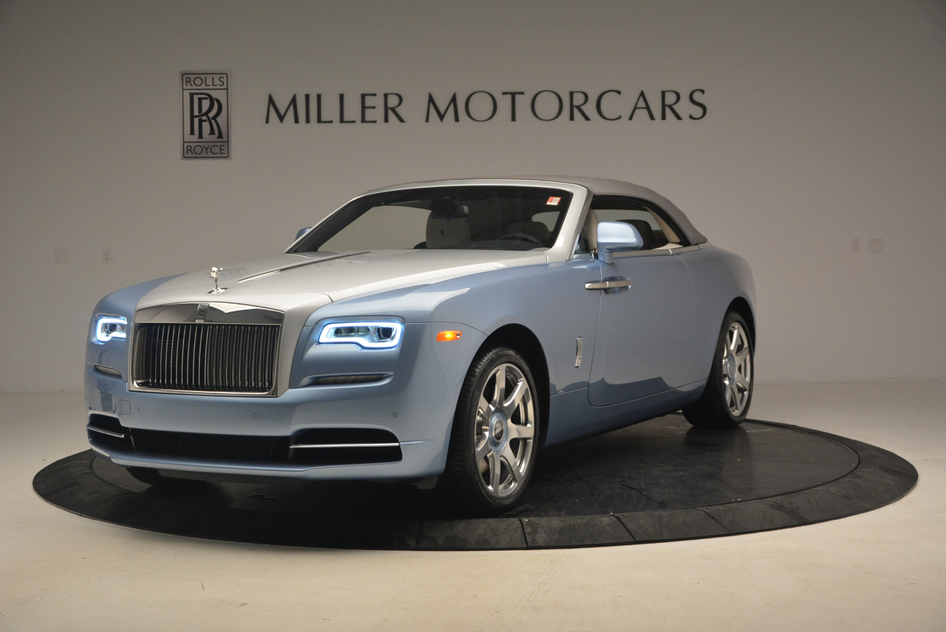 New 2017 Rolls-Royce Dawn  For Sale In Greenwich, CT 937_p13