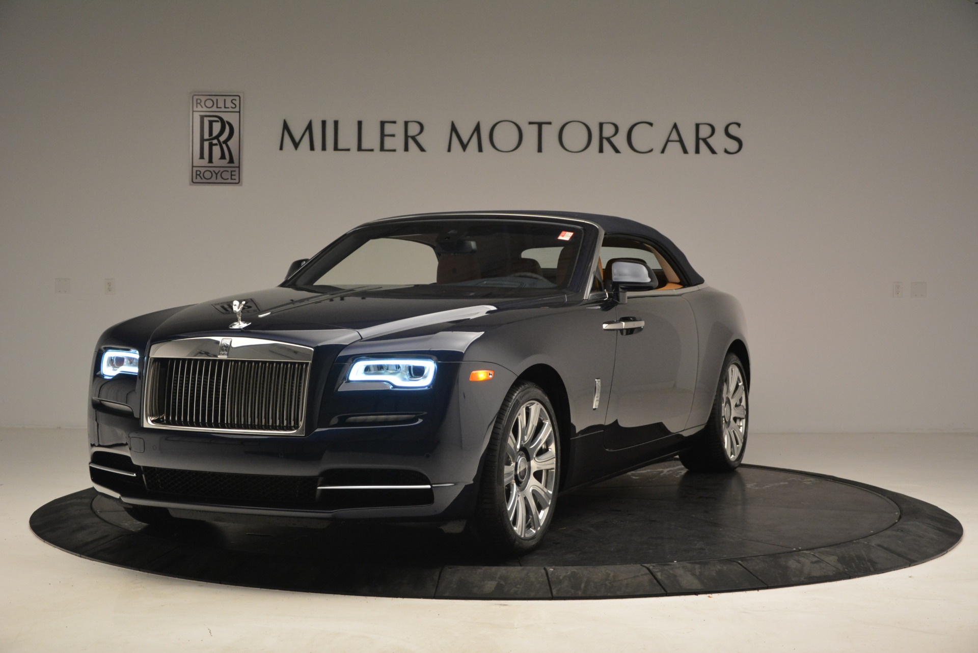 New 2017 Rolls-Royce Dawn  For Sale In Greenwich, CT 939_p13