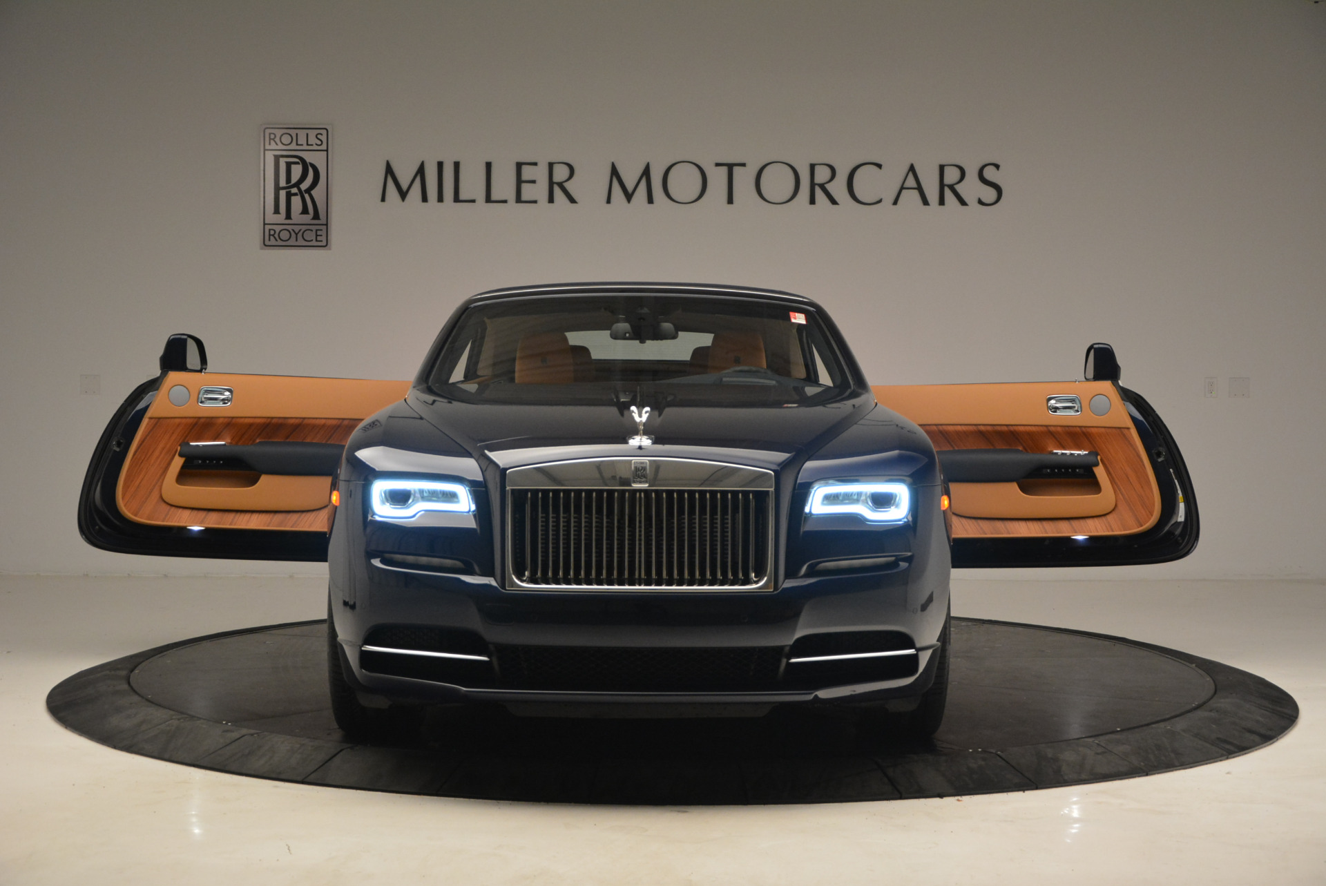 New 2017 Rolls-Royce Dawn  For Sale In Greenwich, CT 939_p25