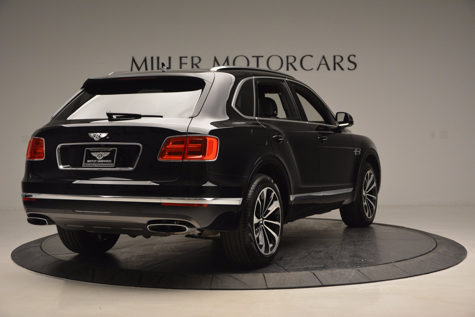 New 2017 Bentley Bentayga  For Sale In Greenwich, CT 941_p7