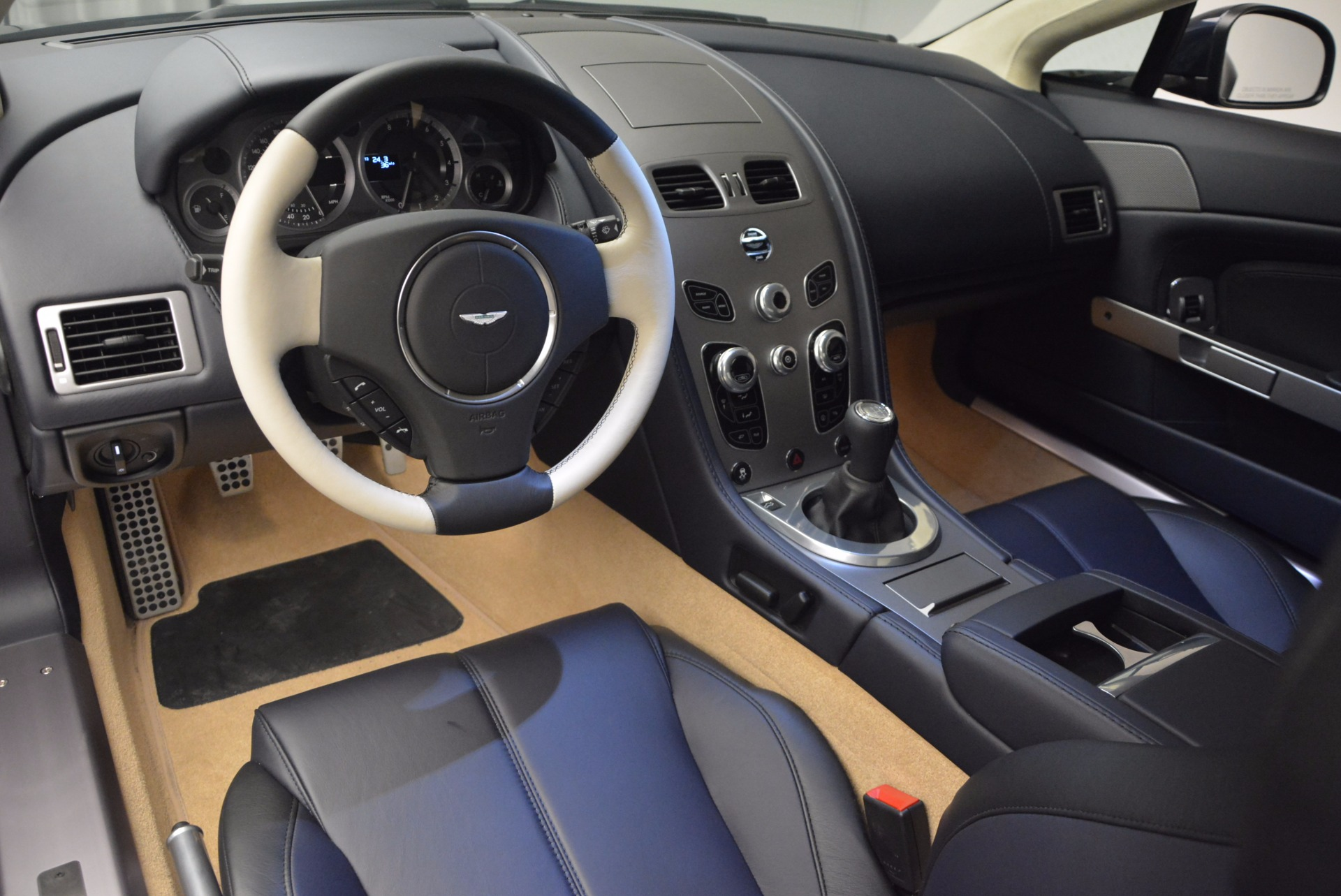 Used 2016 Aston Martin V8 Vantage  For Sale In Greenwich, CT 942_p14