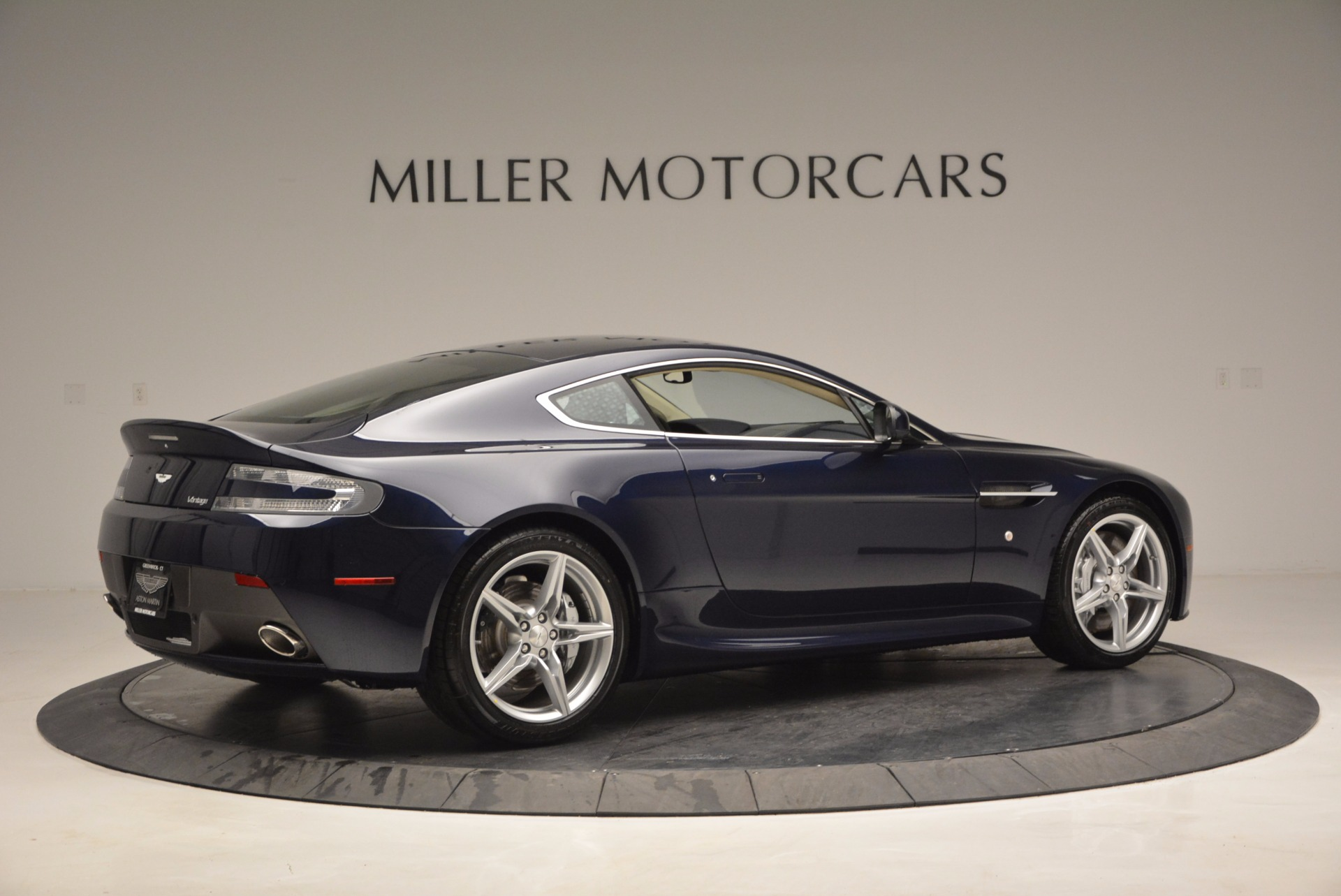 Used 2016 Aston Martin V8 Vantage  For Sale In Greenwich, CT 942_p8
