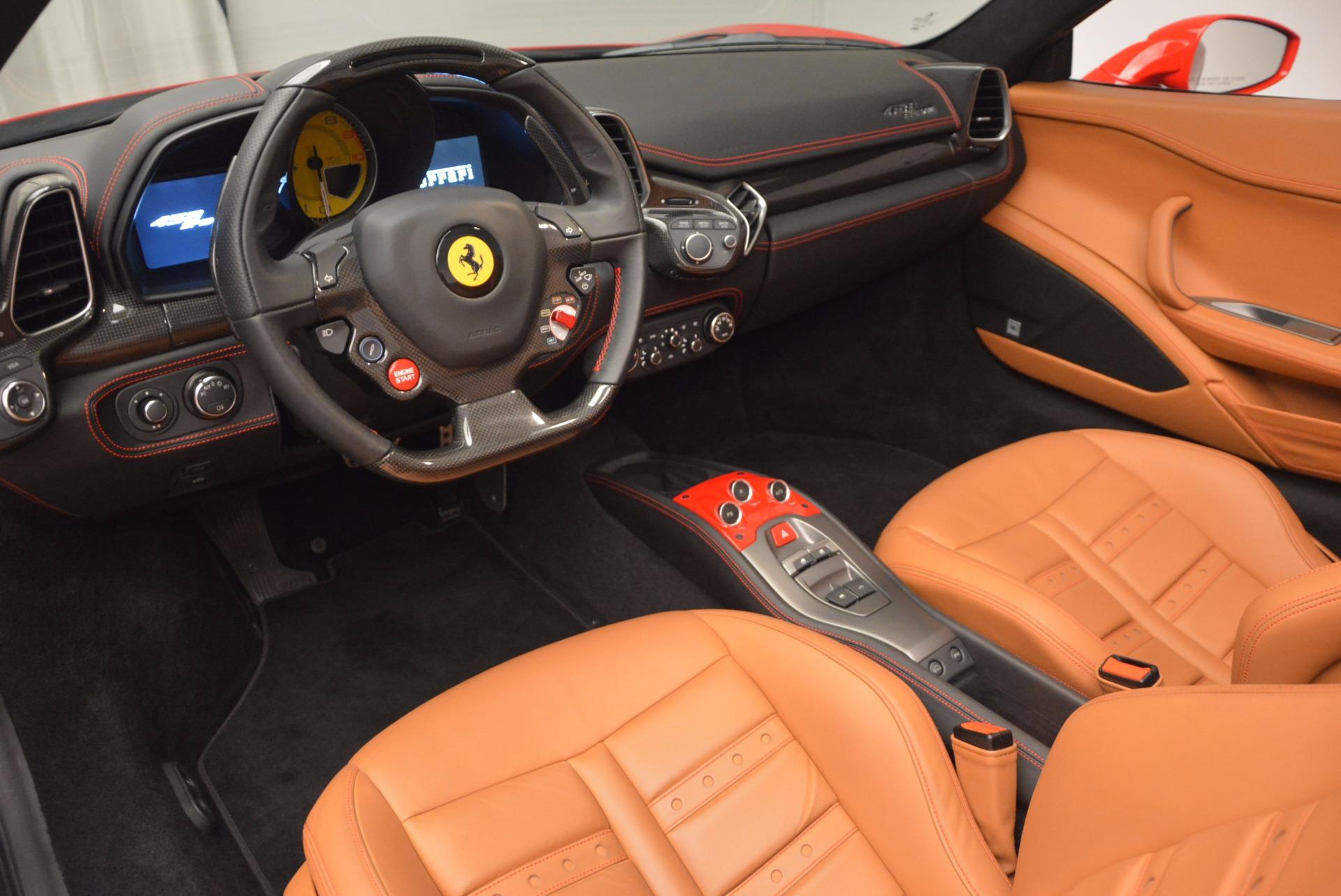 Used 2014 Ferrari 458 Spider  For Sale In Greenwich, CT 952_p25