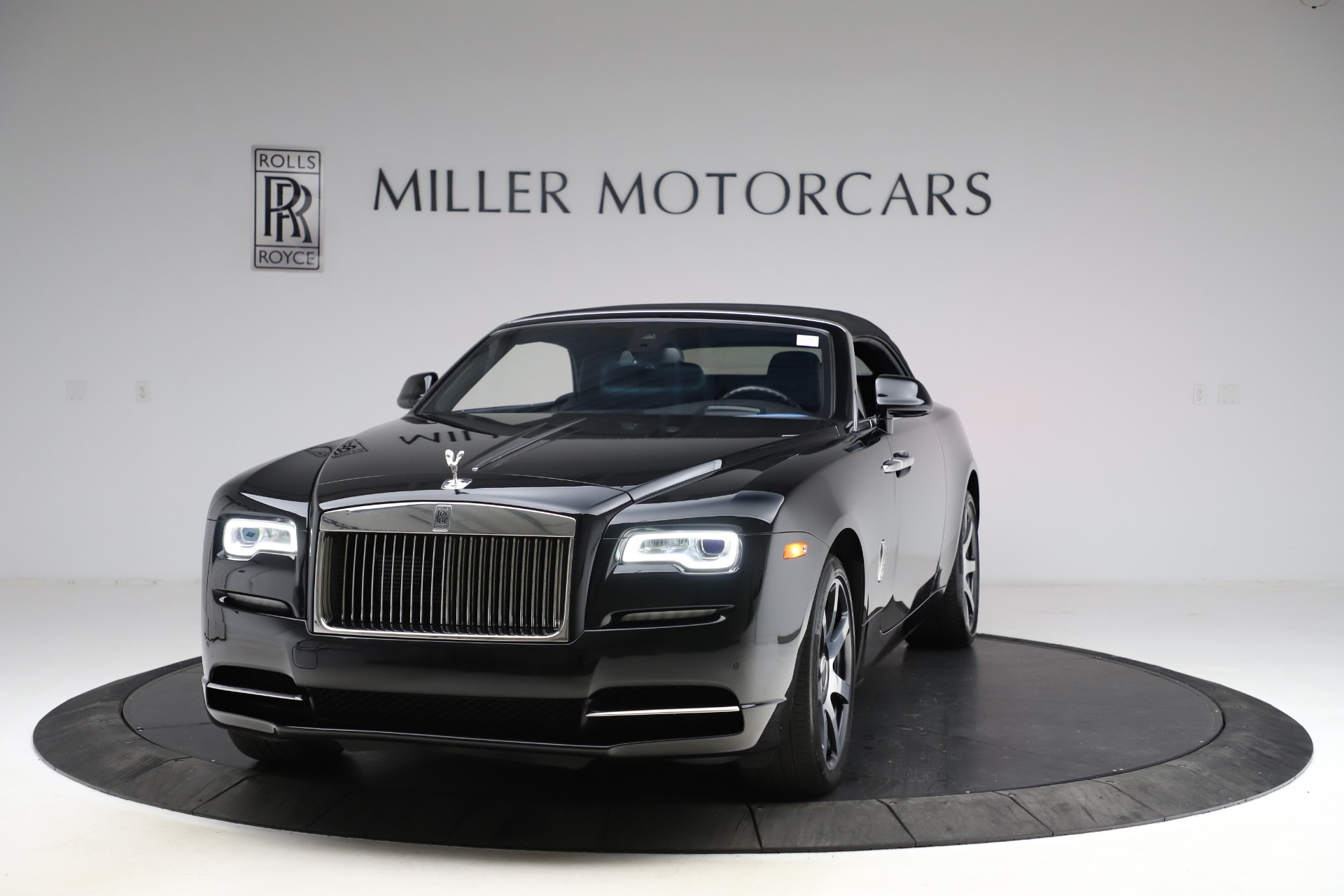 New 2017 Rolls-Royce Dawn  For Sale In Greenwich, CT 955_p15