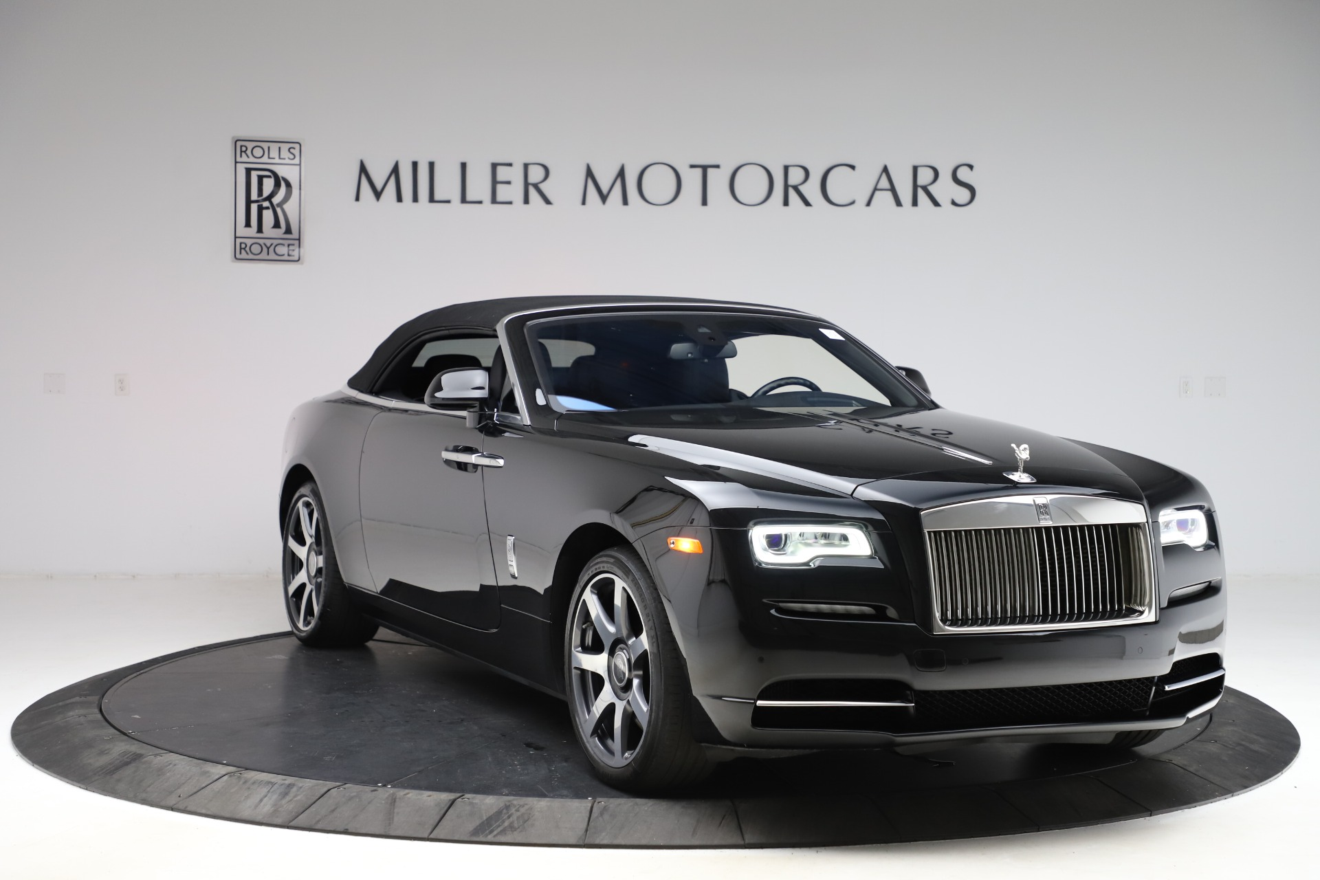 New 2017 Rolls-Royce Dawn  For Sale In Greenwich, CT 955_p25