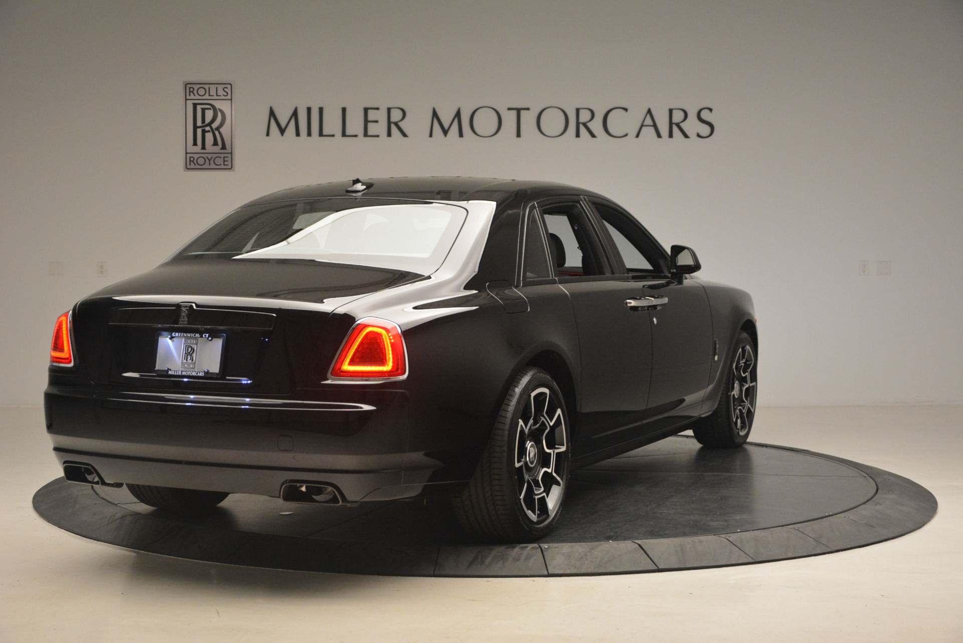 New 2017 Rolls-Royce Ghost Black Badge For Sale In Greenwich, CT 958_p10