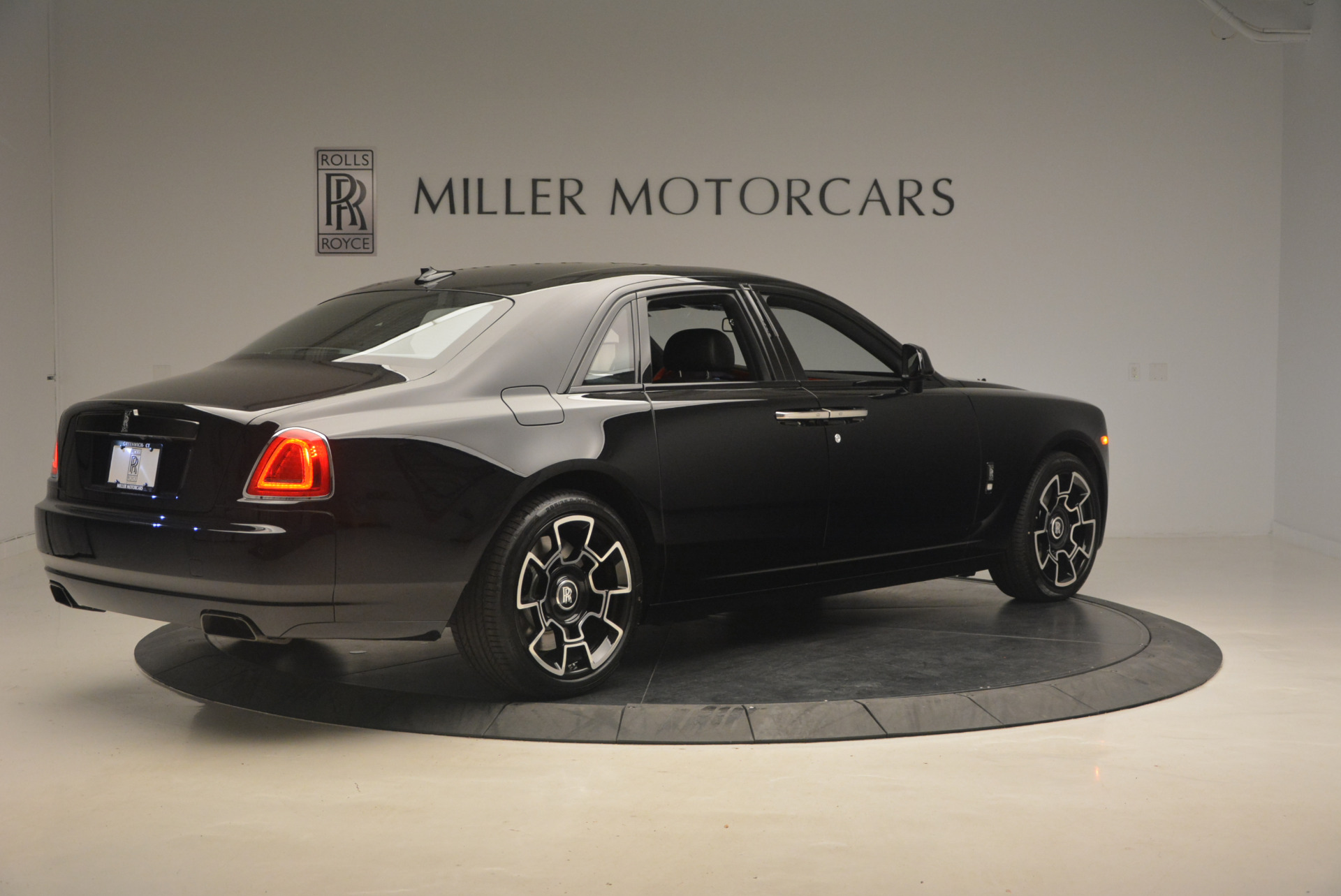 New 2017 Rolls-Royce Ghost Black Badge For Sale In Greenwich, CT 958_p11