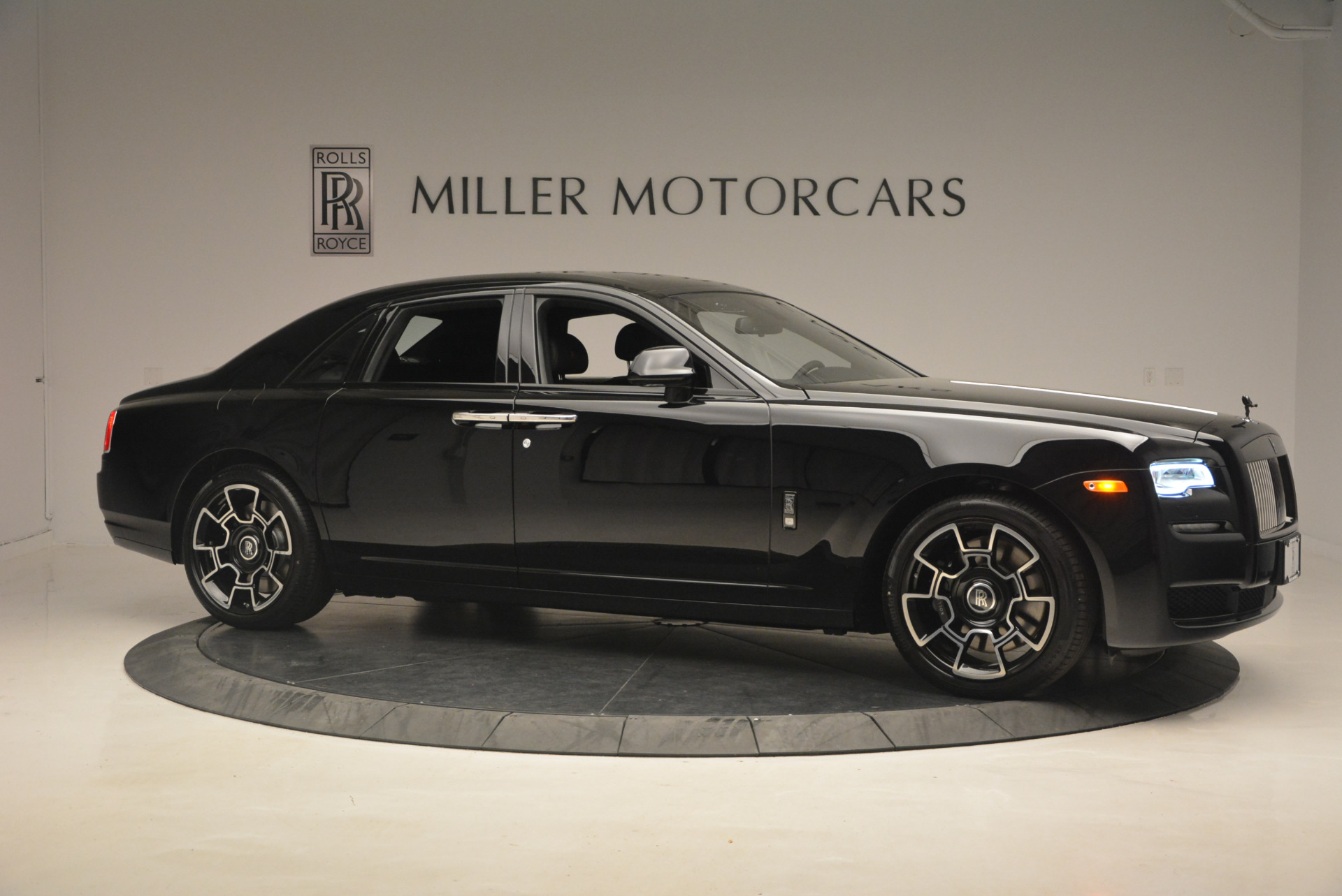New 2017 Rolls-Royce Ghost Black Badge For Sale In Greenwich, CT 958_p13