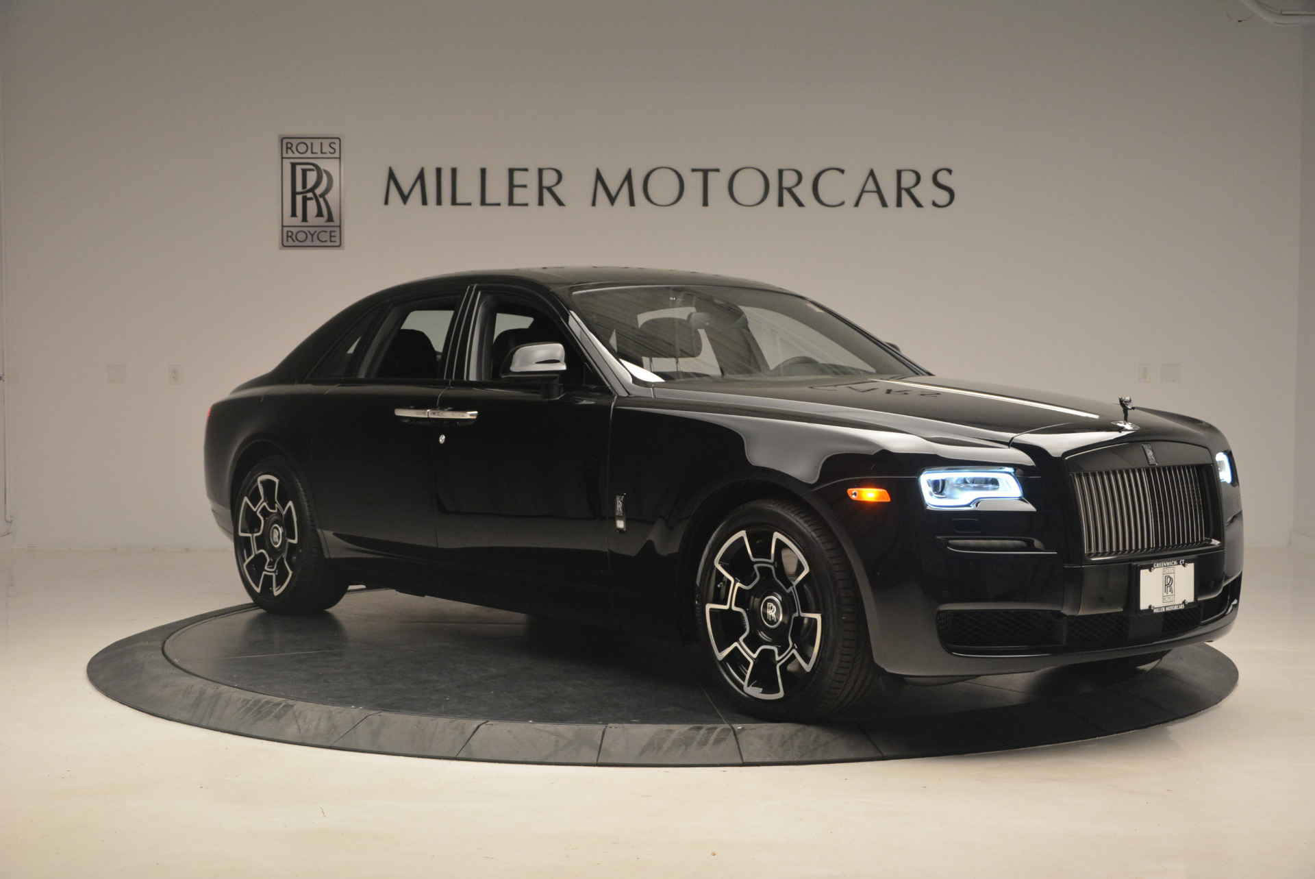 New 2017 Rolls-Royce Ghost Black Badge For Sale In Greenwich, CT 958_p14