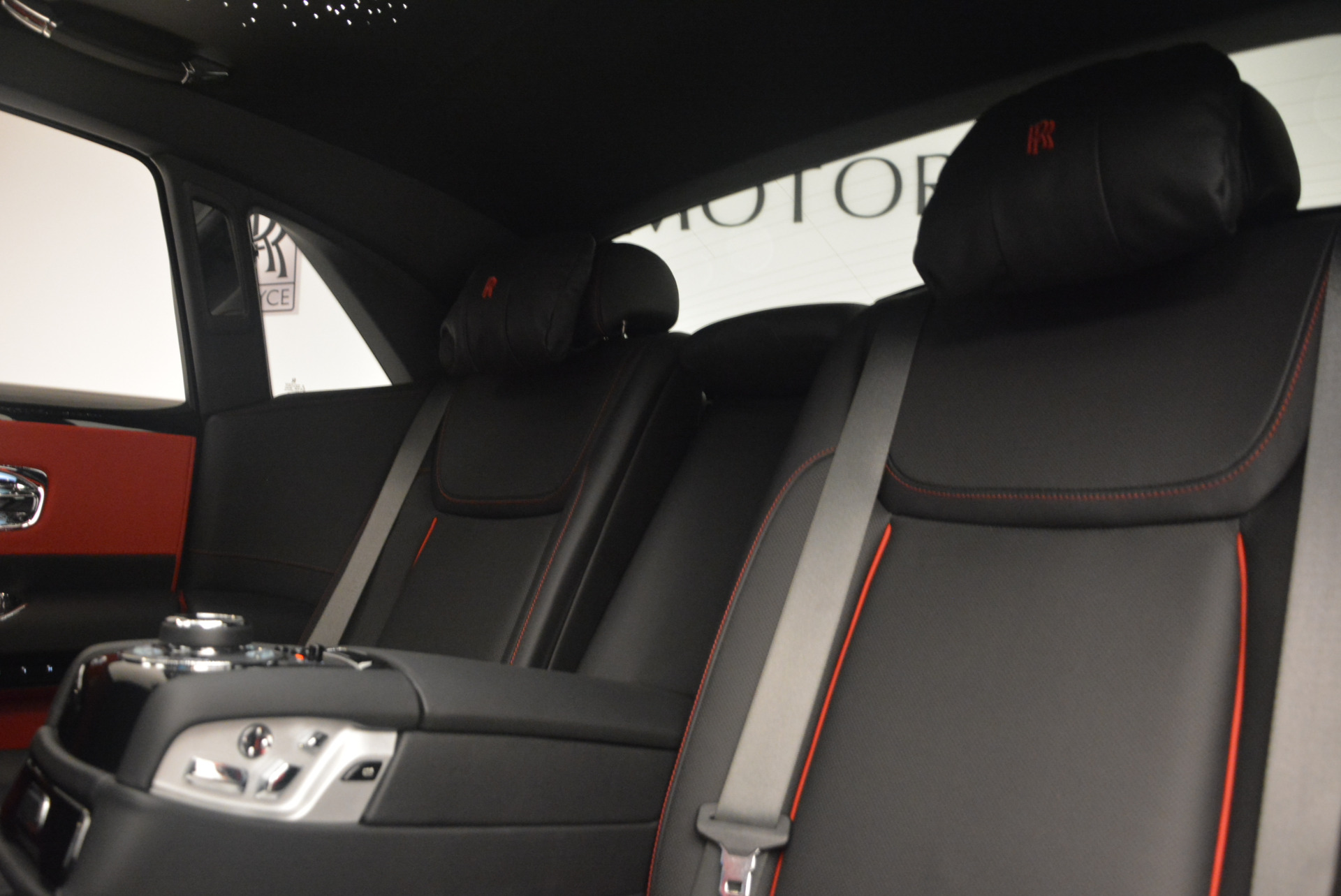 New 2017 Rolls-Royce Ghost Black Badge For Sale In Greenwich, CT 958_p27