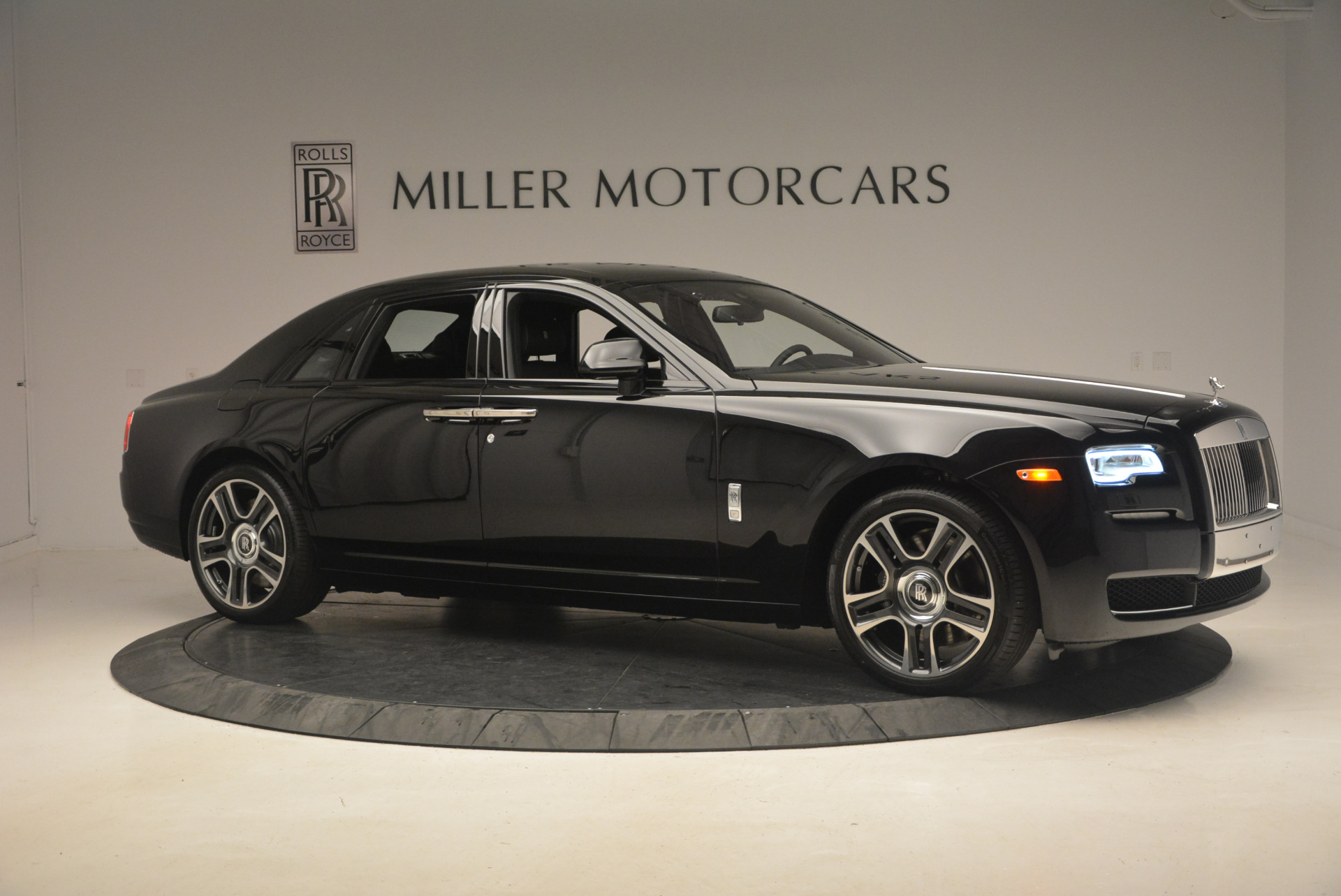 New 2017 Rolls-Royce Ghost  For Sale In Greenwich, CT 963_p10