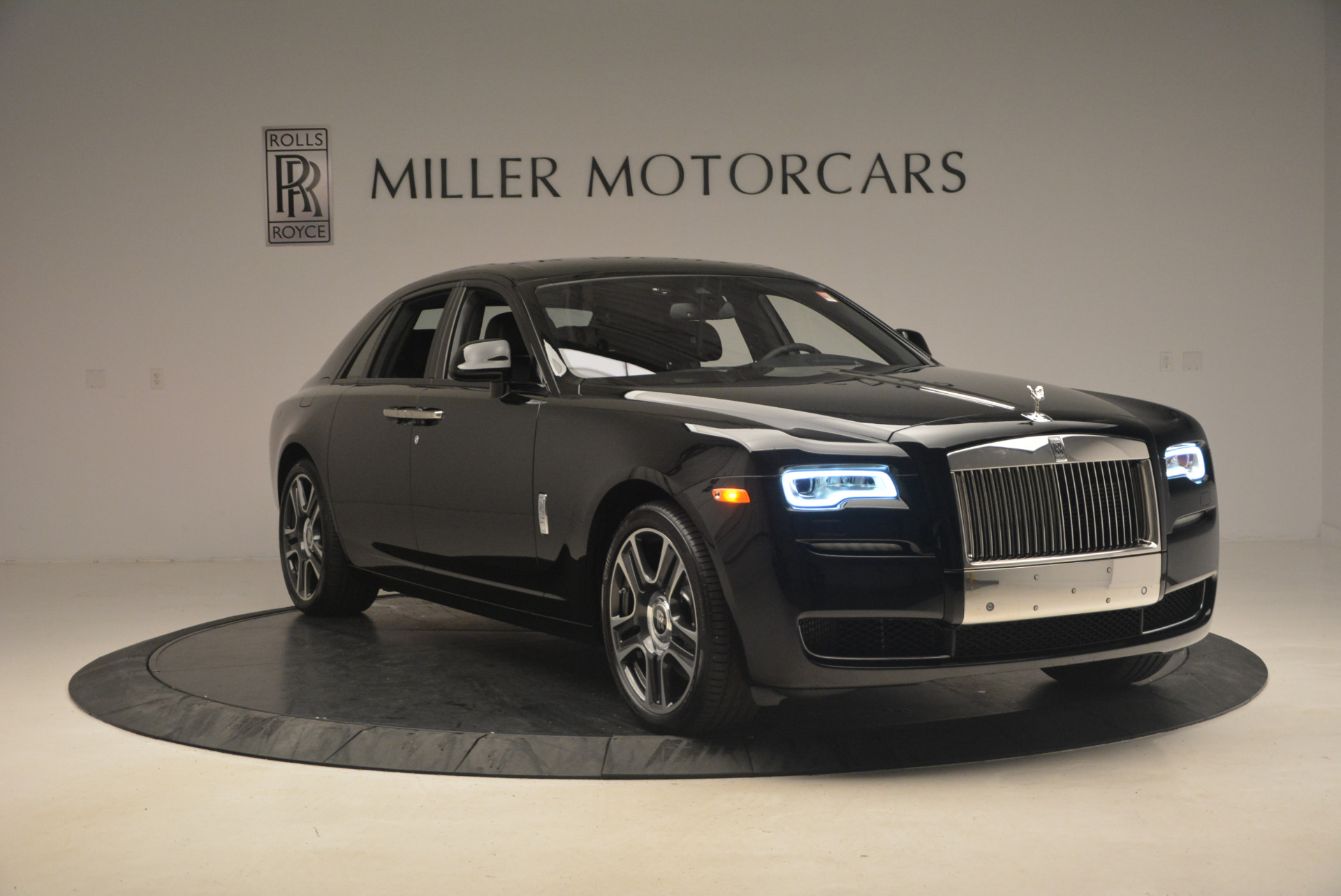 New 2017 Rolls-Royce Ghost  For Sale In Greenwich, CT 963_p11