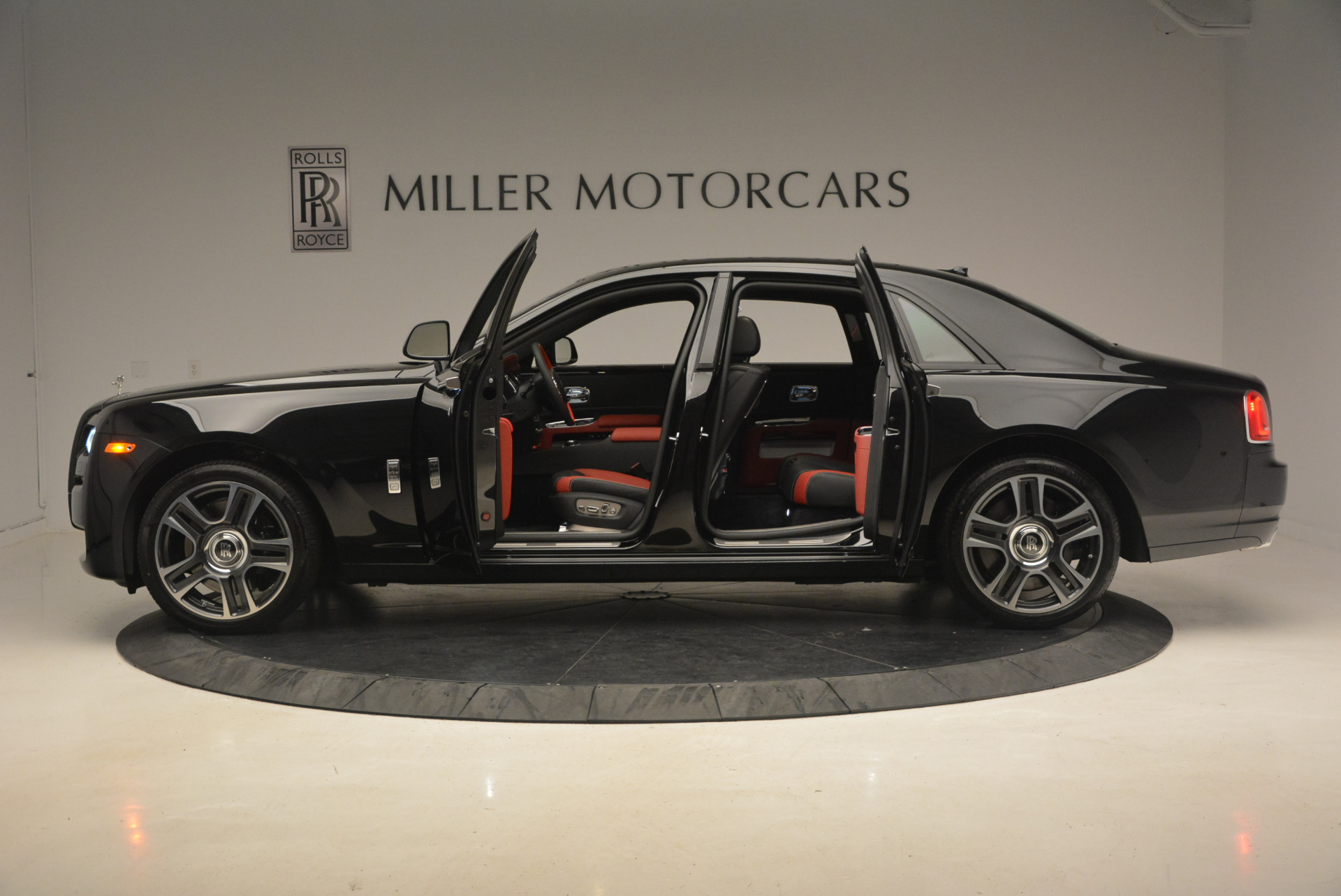 New 2017 Rolls-Royce Ghost  For Sale In Greenwich, CT 963_p14