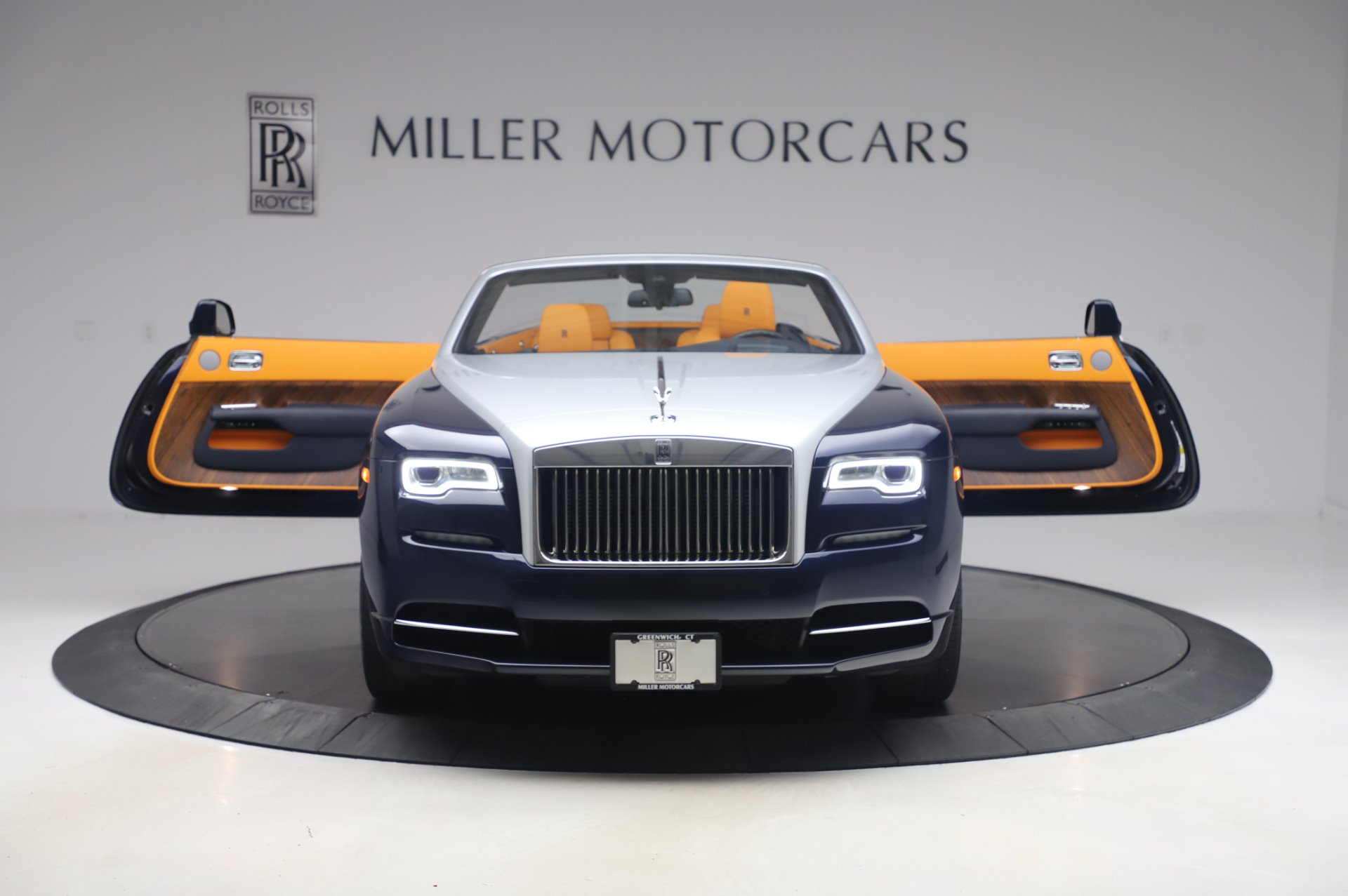 New 2017 Rolls-Royce Dawn  For Sale In Greenwich, CT 969_p10