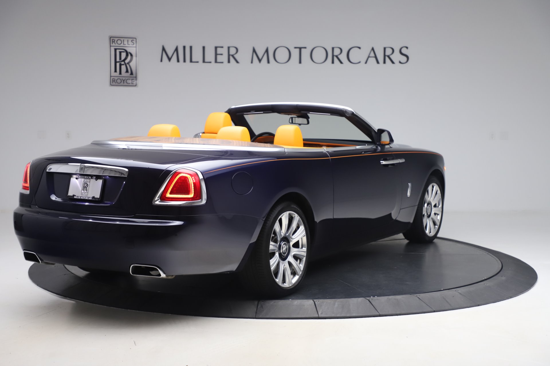 New 2017 Rolls-Royce Dawn  For Sale In Greenwich, CT 969_p7