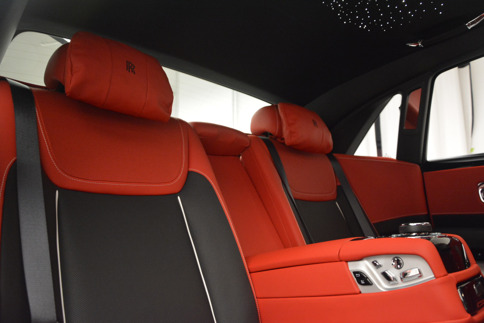 New 2017 Rolls-Royce Ghost Black Badge For Sale In Greenwich, CT 970_p36