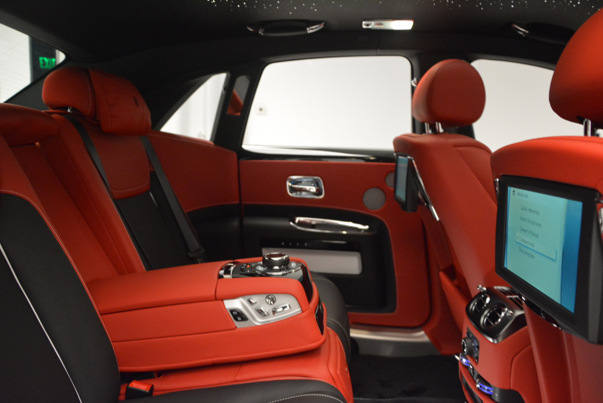New 2017 Rolls-Royce Ghost Black Badge For Sale In Greenwich, CT 970_p37