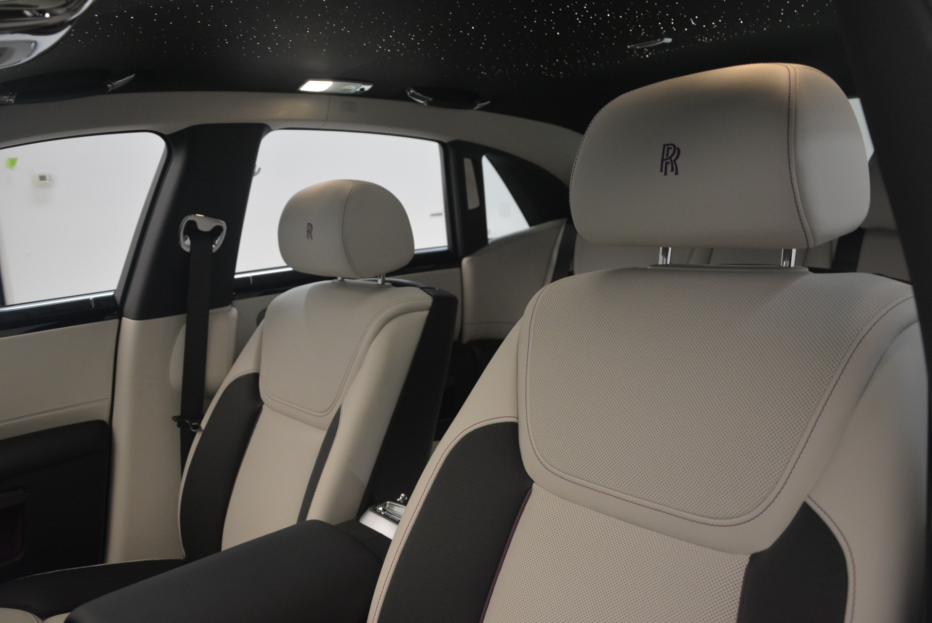 Used 2017 Rolls-Royce Ghost  For Sale In Greenwich, CT 971_p19