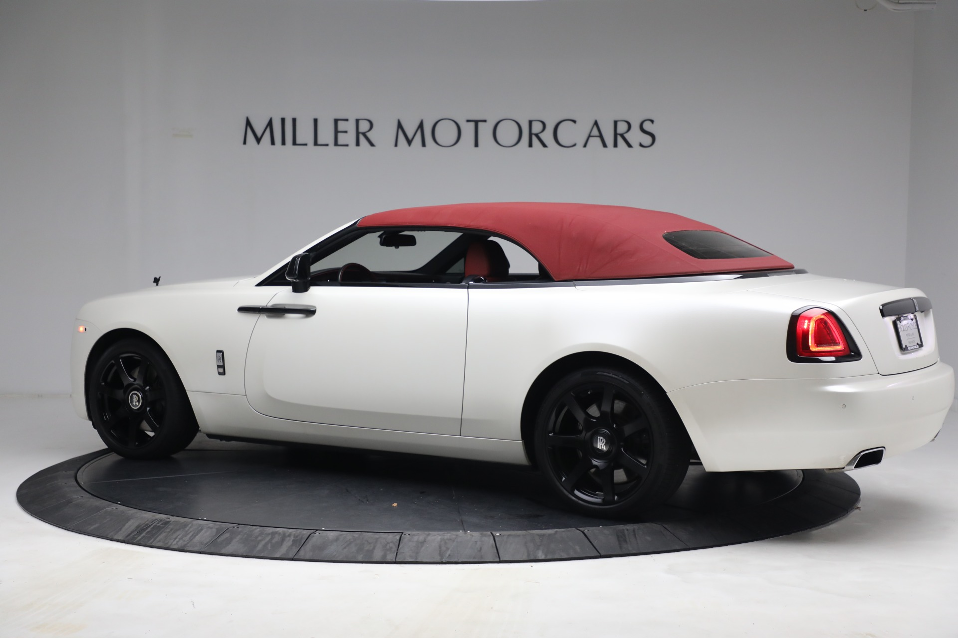 New 2017 Rolls-Royce Dawn  For Sale In Greenwich, CT 972_p19
