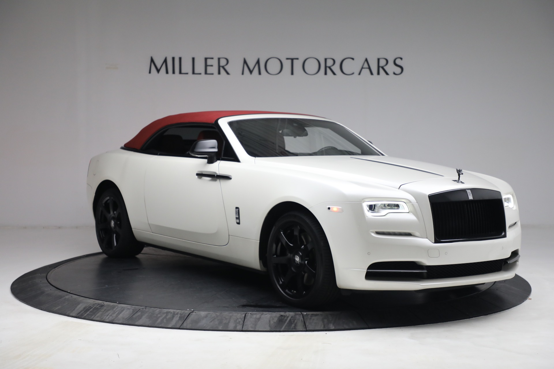 New 2017 Rolls-Royce Dawn  For Sale In Greenwich, CT 972_p24