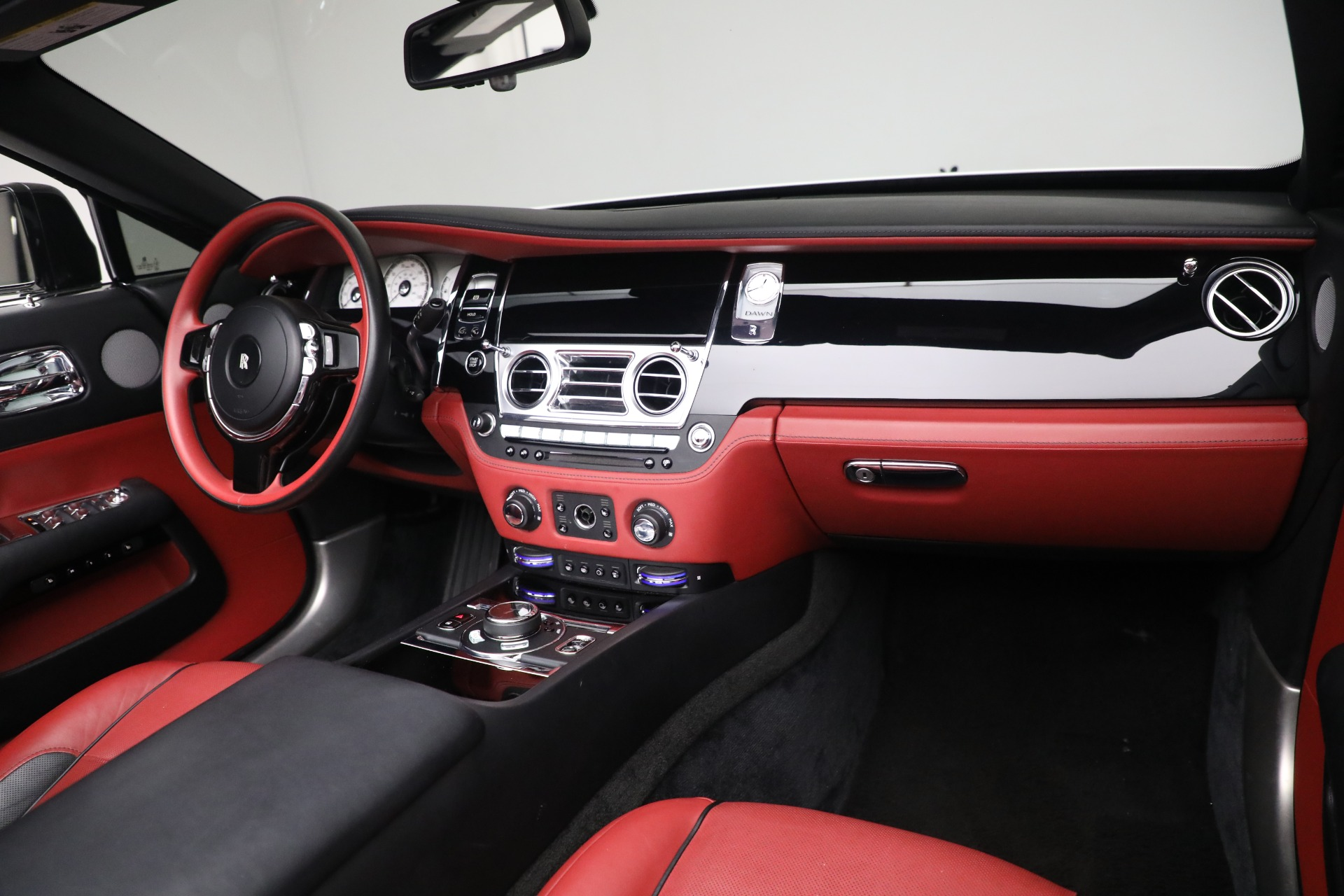 New 2017 Rolls-Royce Dawn  For Sale In Greenwich, CT 972_p33