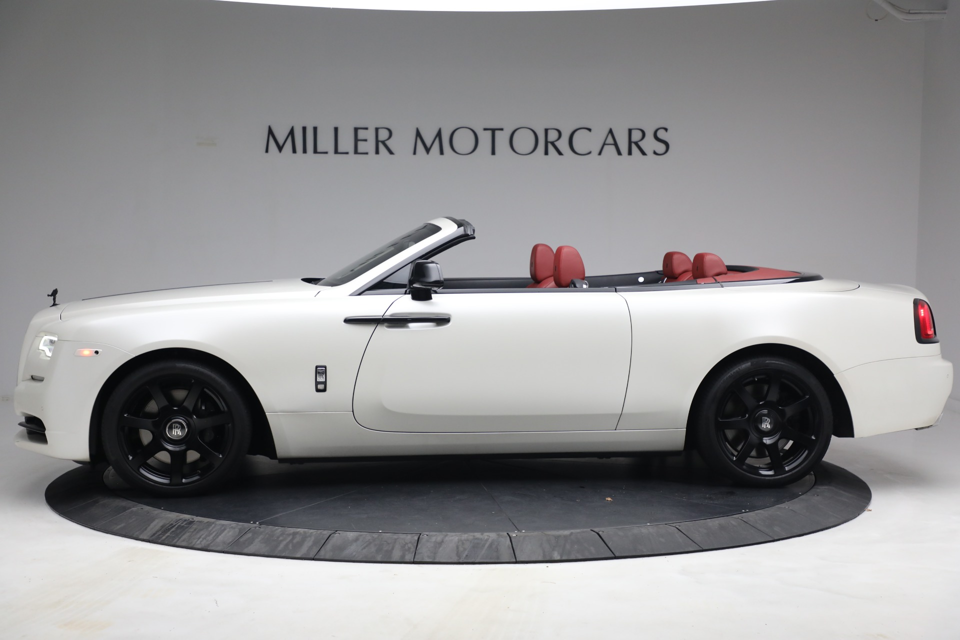 New 2017 Rolls-Royce Dawn  For Sale In Greenwich, CT 972_p4
