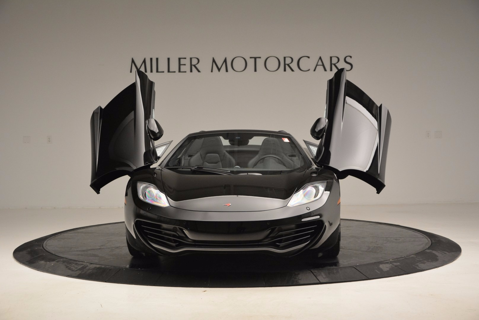 Used 2013 McLaren 12C Spider  For Sale In Greenwich, CT 973_p13