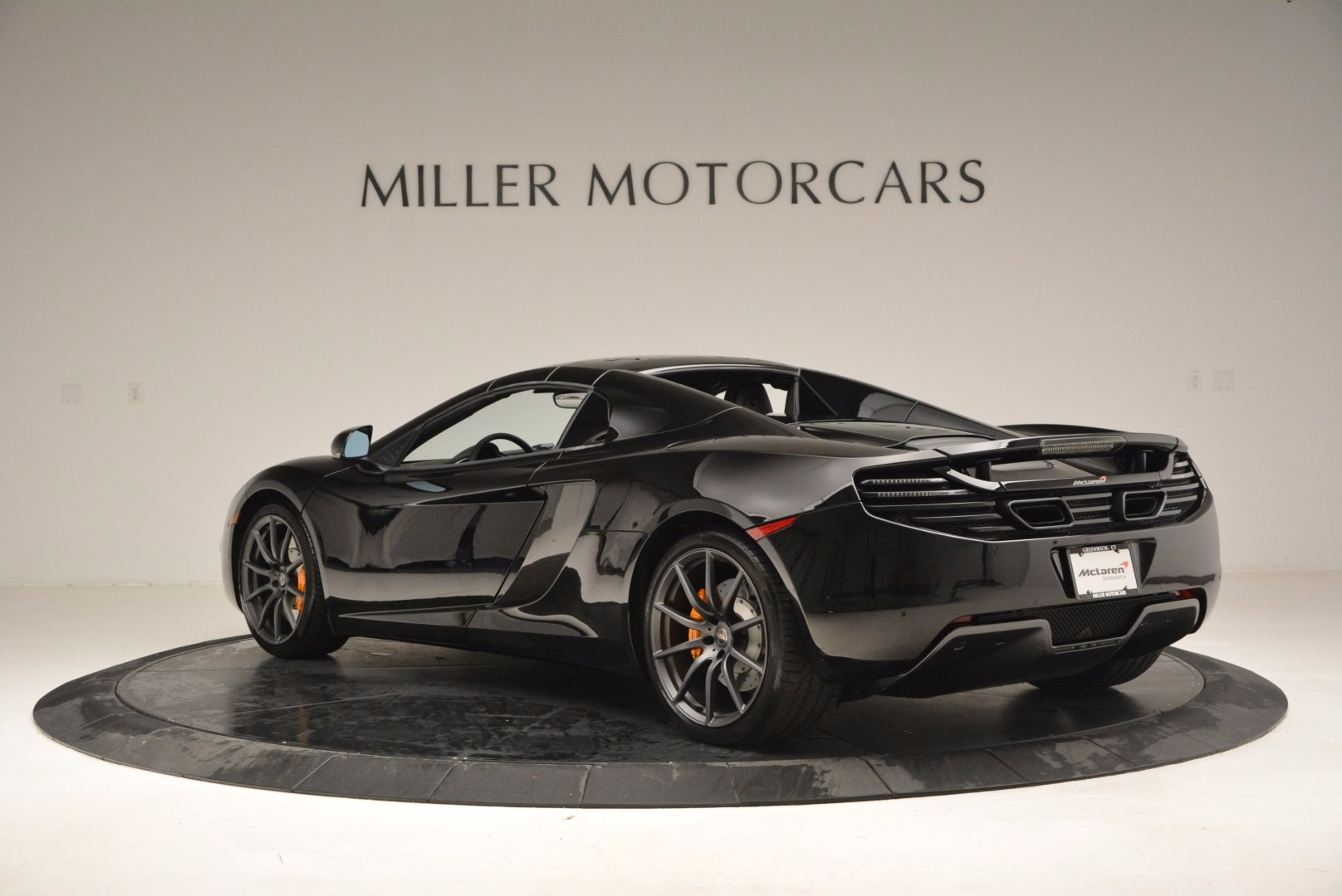 Used 2013 McLaren 12C Spider  For Sale In Greenwich, CT 973_p17