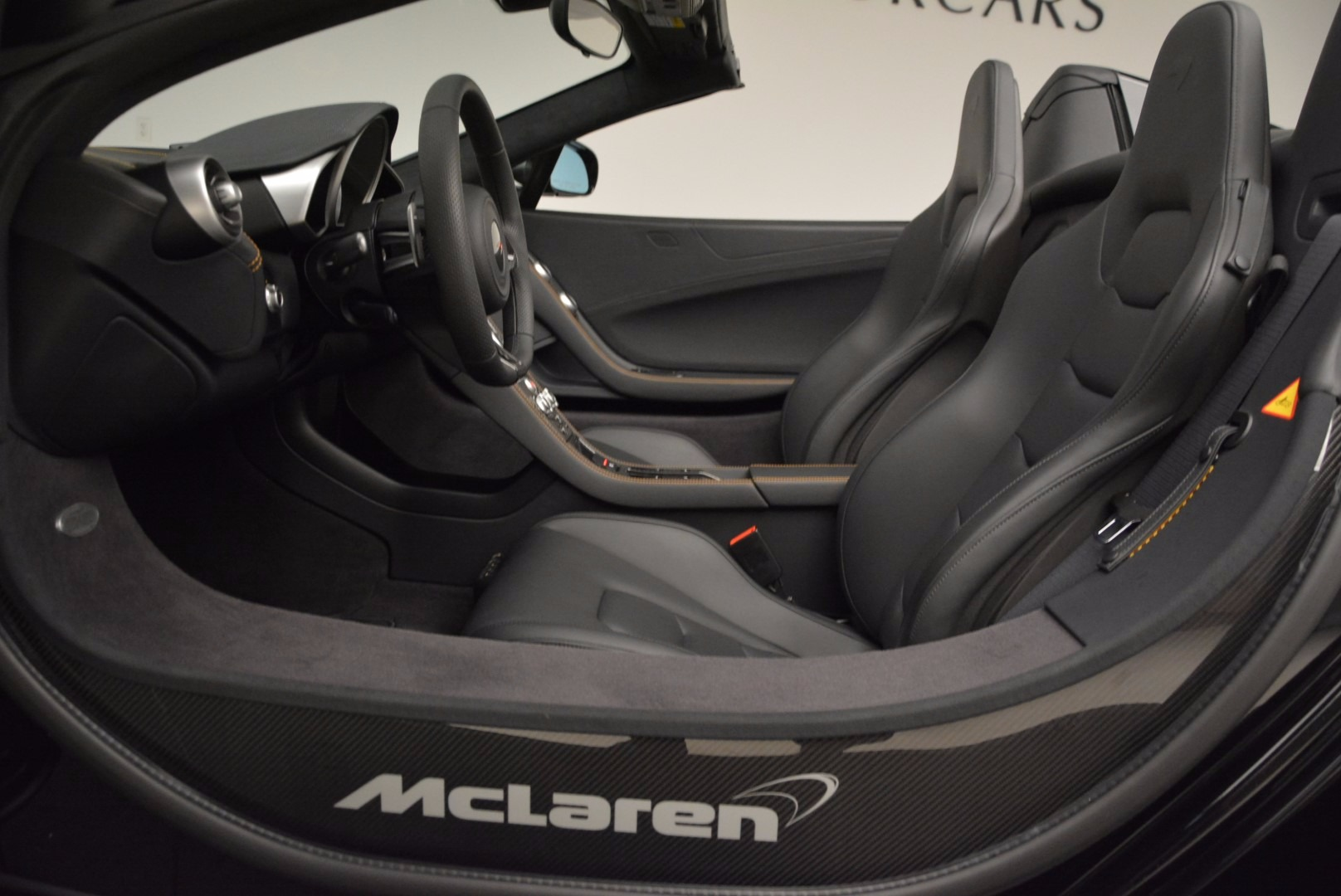 Used 2013 McLaren 12C Spider  For Sale In Greenwich, CT 973_p25