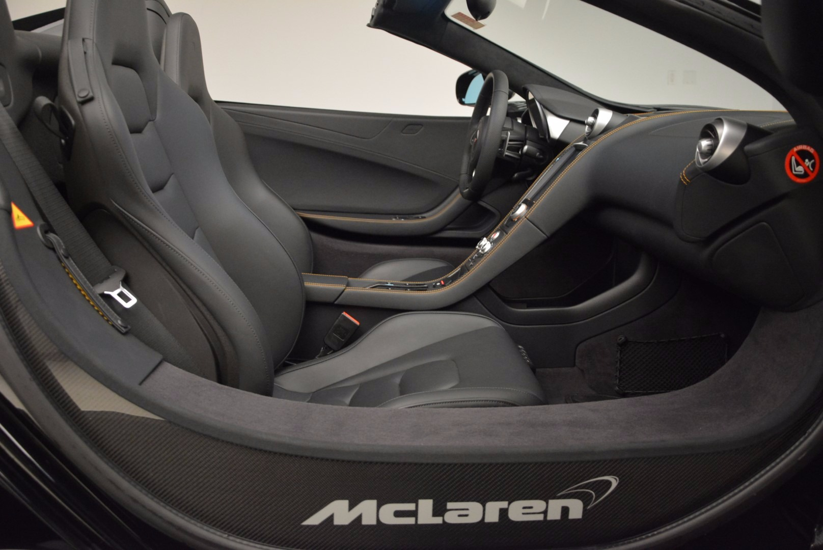 Used 2013 McLaren 12C Spider  For Sale In Greenwich, CT 973_p29