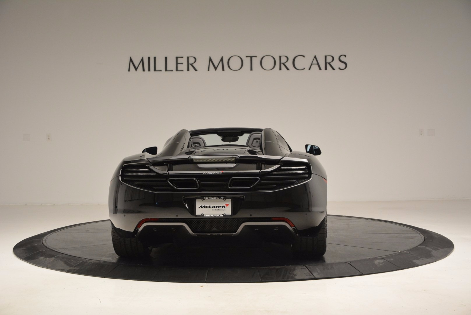 Used 2013 McLaren 12C Spider  For Sale In Greenwich, CT 973_p6