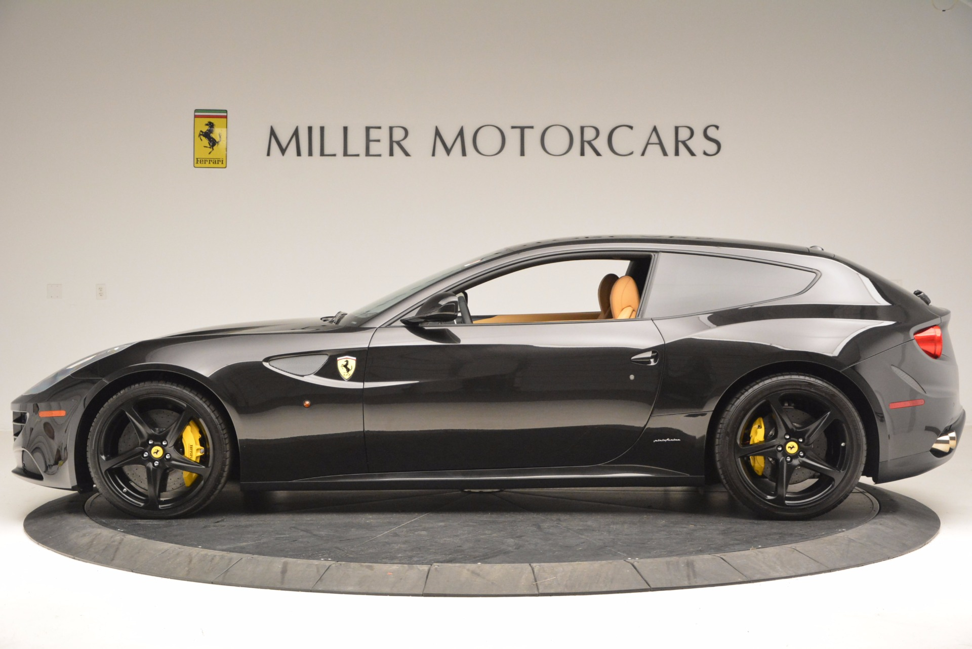 Used 2014 Ferrari FF  For Sale In Greenwich, CT 996_p3