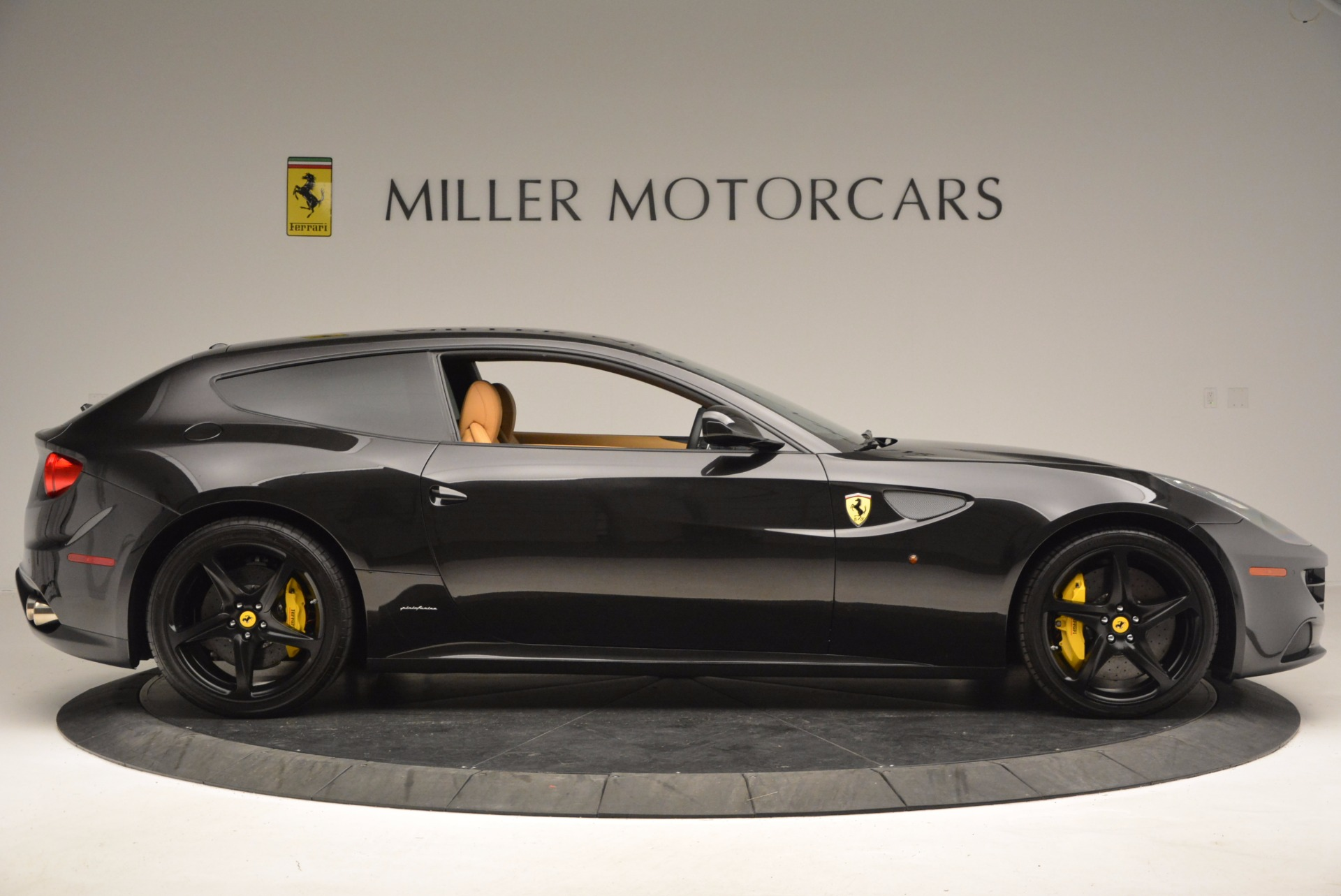 Used 2014 Ferrari FF  For Sale In Greenwich, CT 996_p9