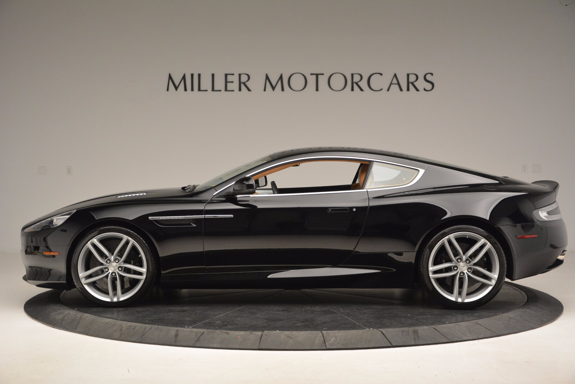 Used 2014 Aston Martin DB9  For Sale In Greenwich, CT 997_p3