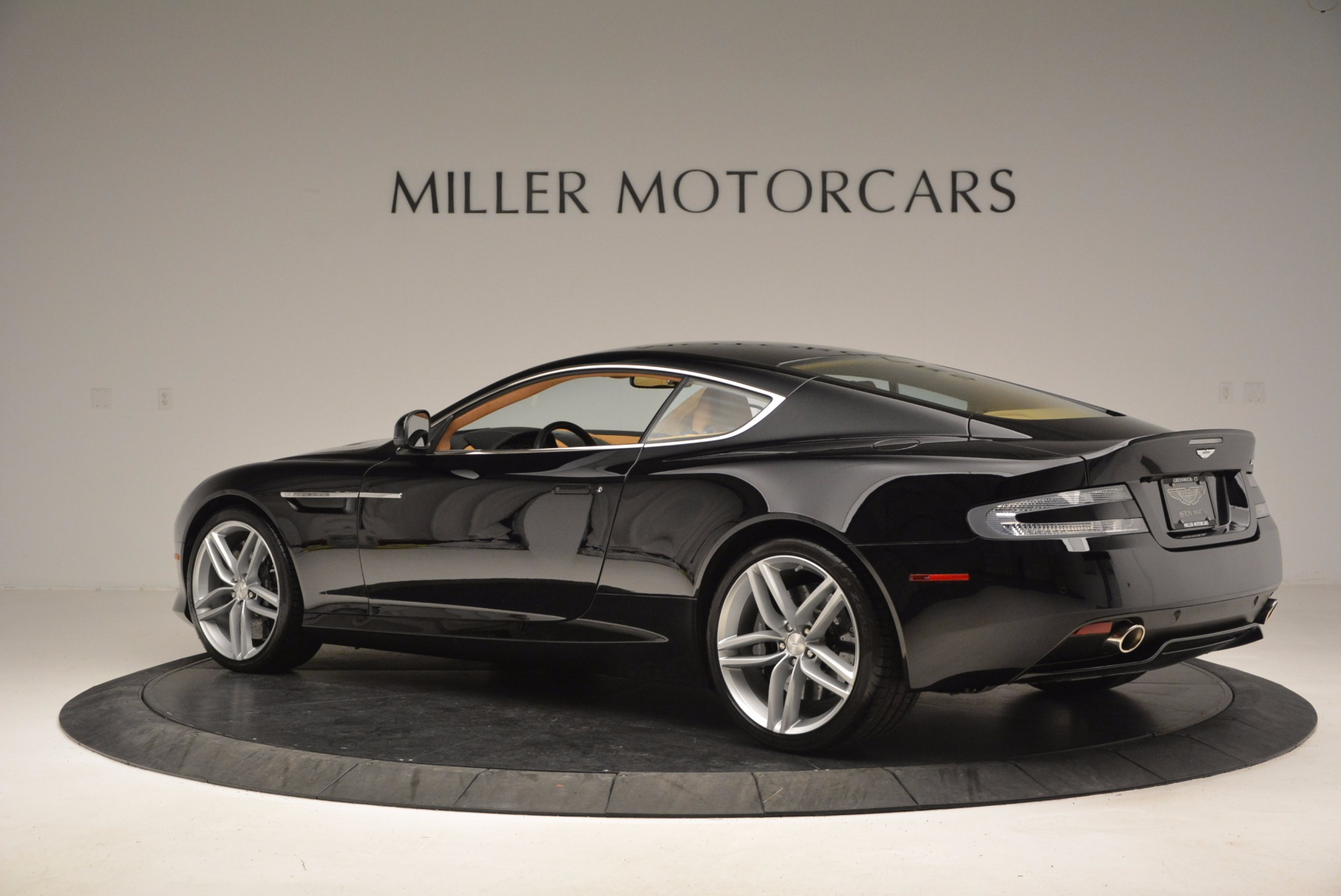 Used 2014 Aston Martin DB9  For Sale In Greenwich, CT 997_p4