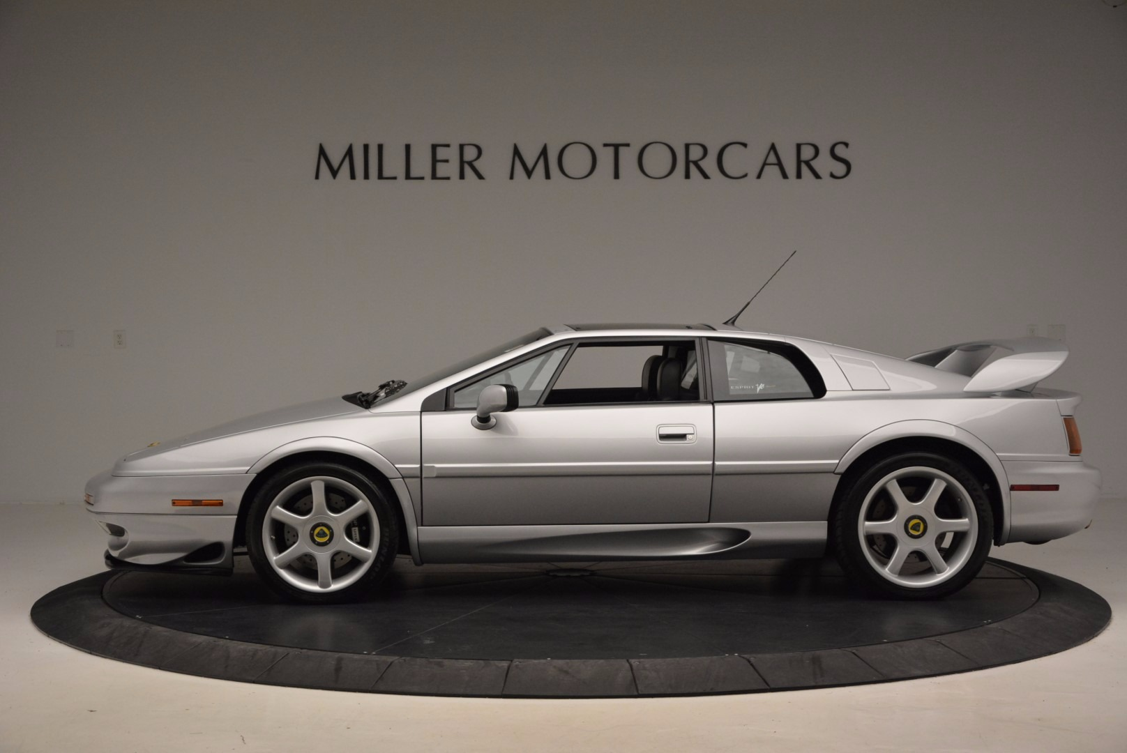 Used 2001 Lotus Esprit  For Sale In Greenwich, CT 998_p3