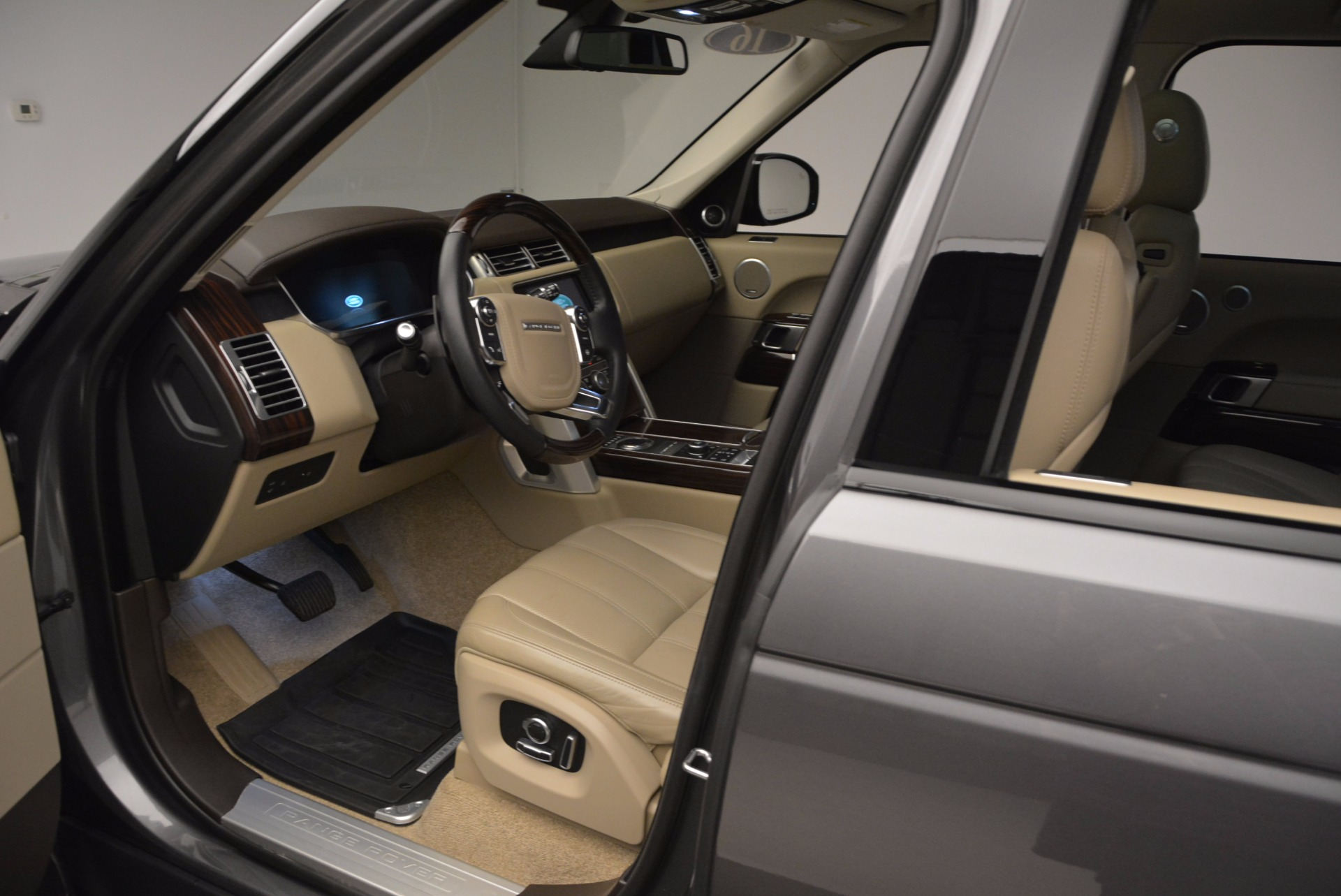 Used 2016 Land Rover Range Rover HSE TD6 For Sale In Greenwich, CT 999_p21